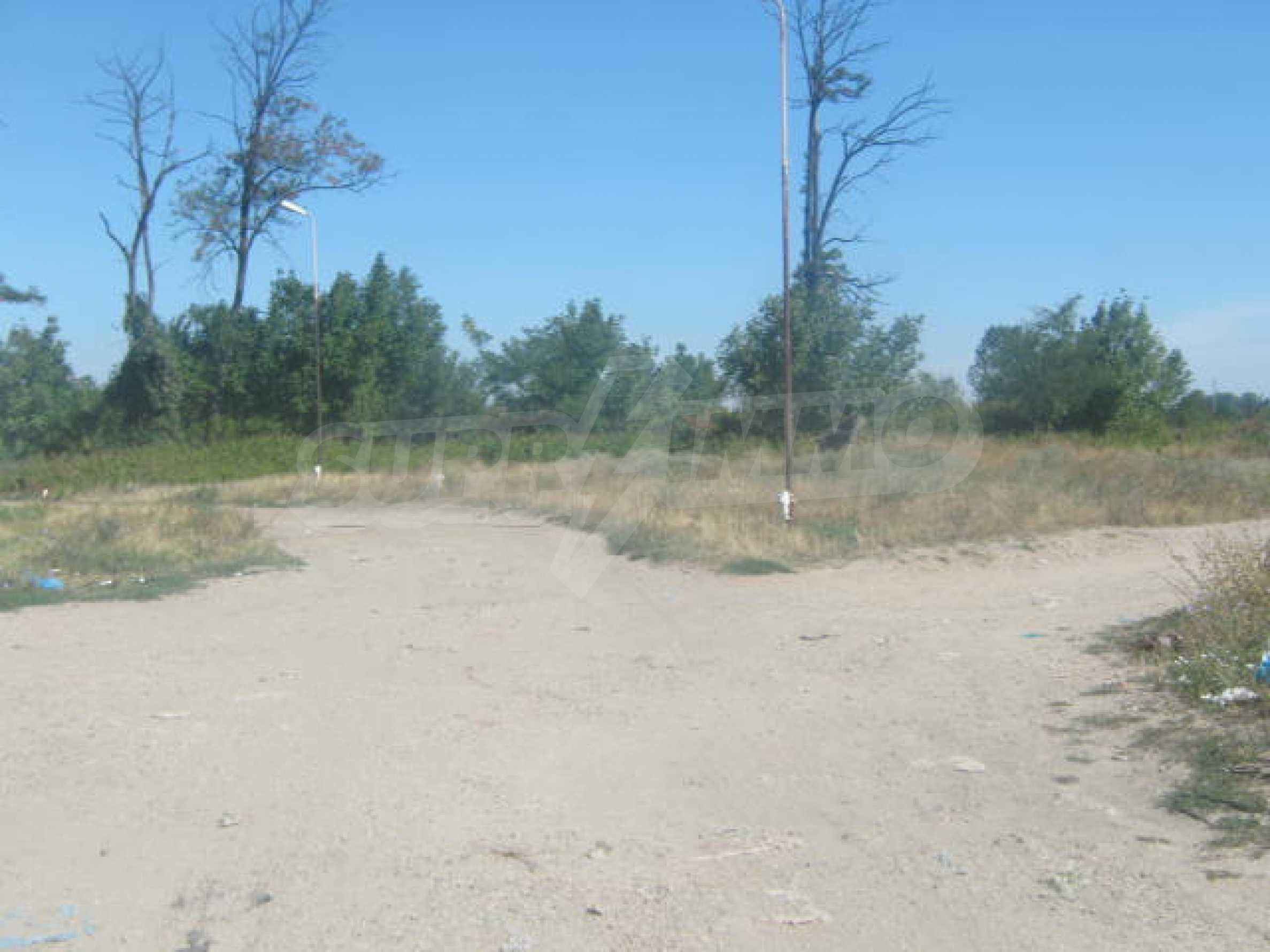 Two plots near the center of Vidin 2