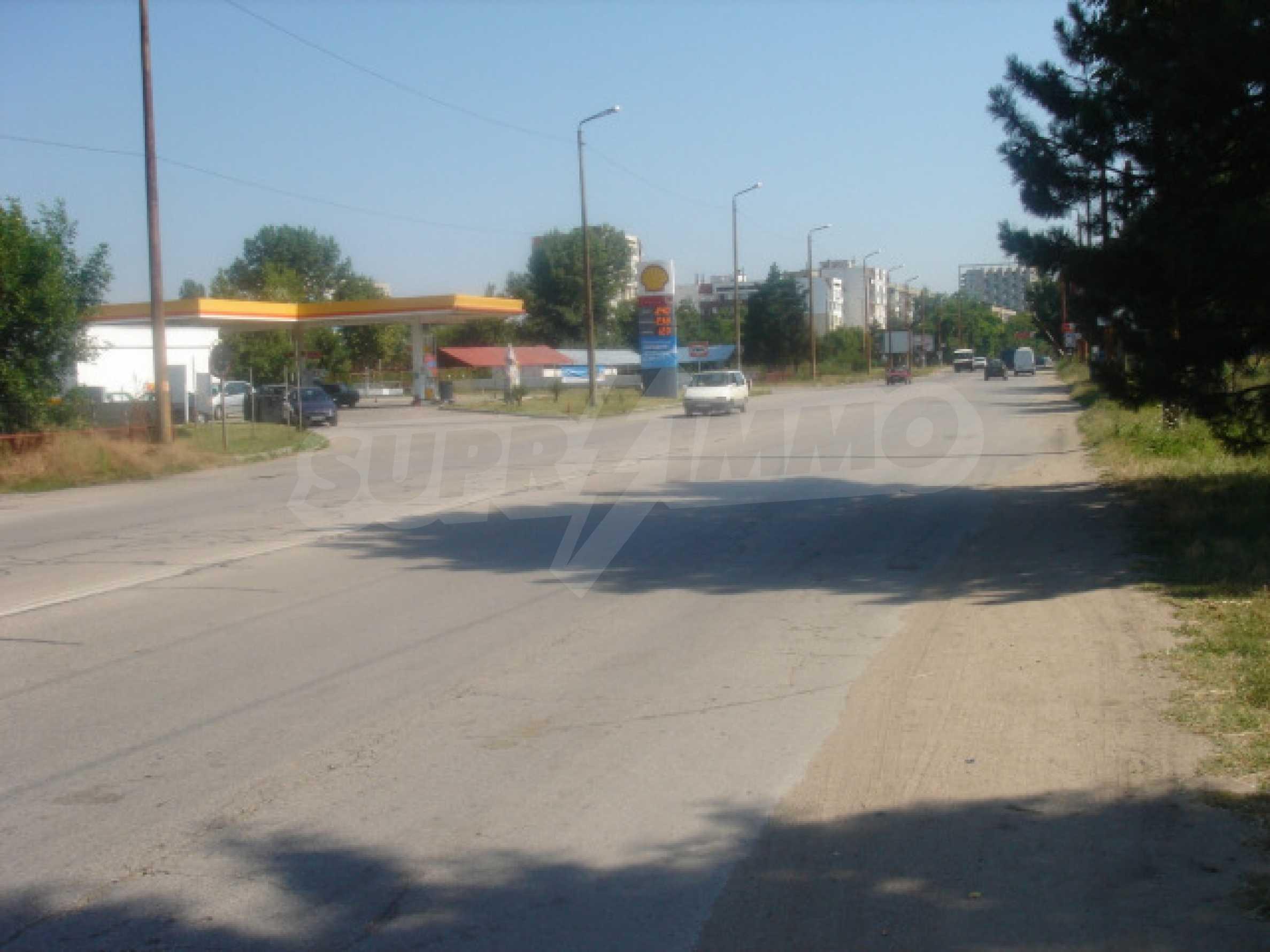 Huge plot on the main road 1