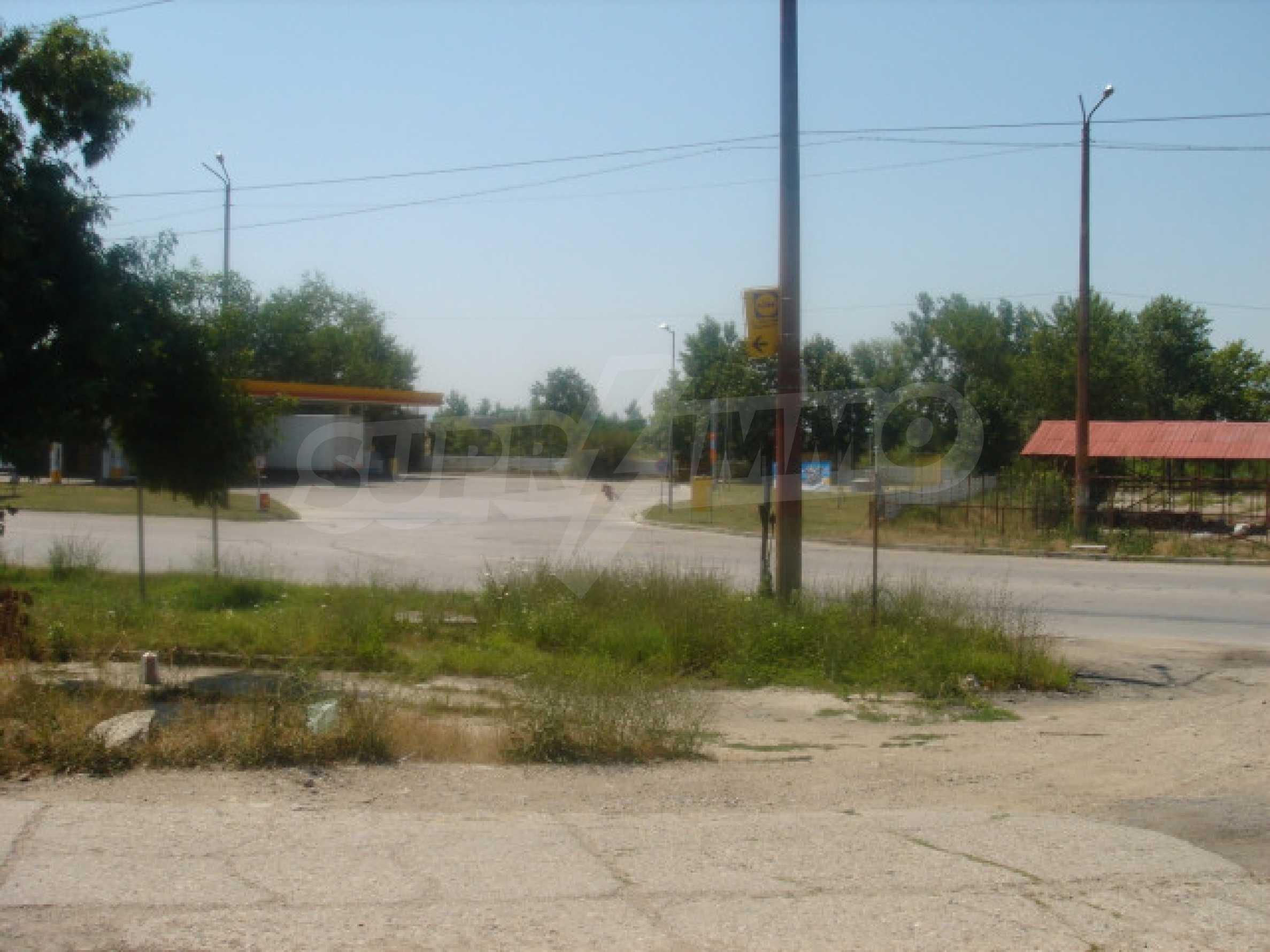 Huge plot on the main road 3