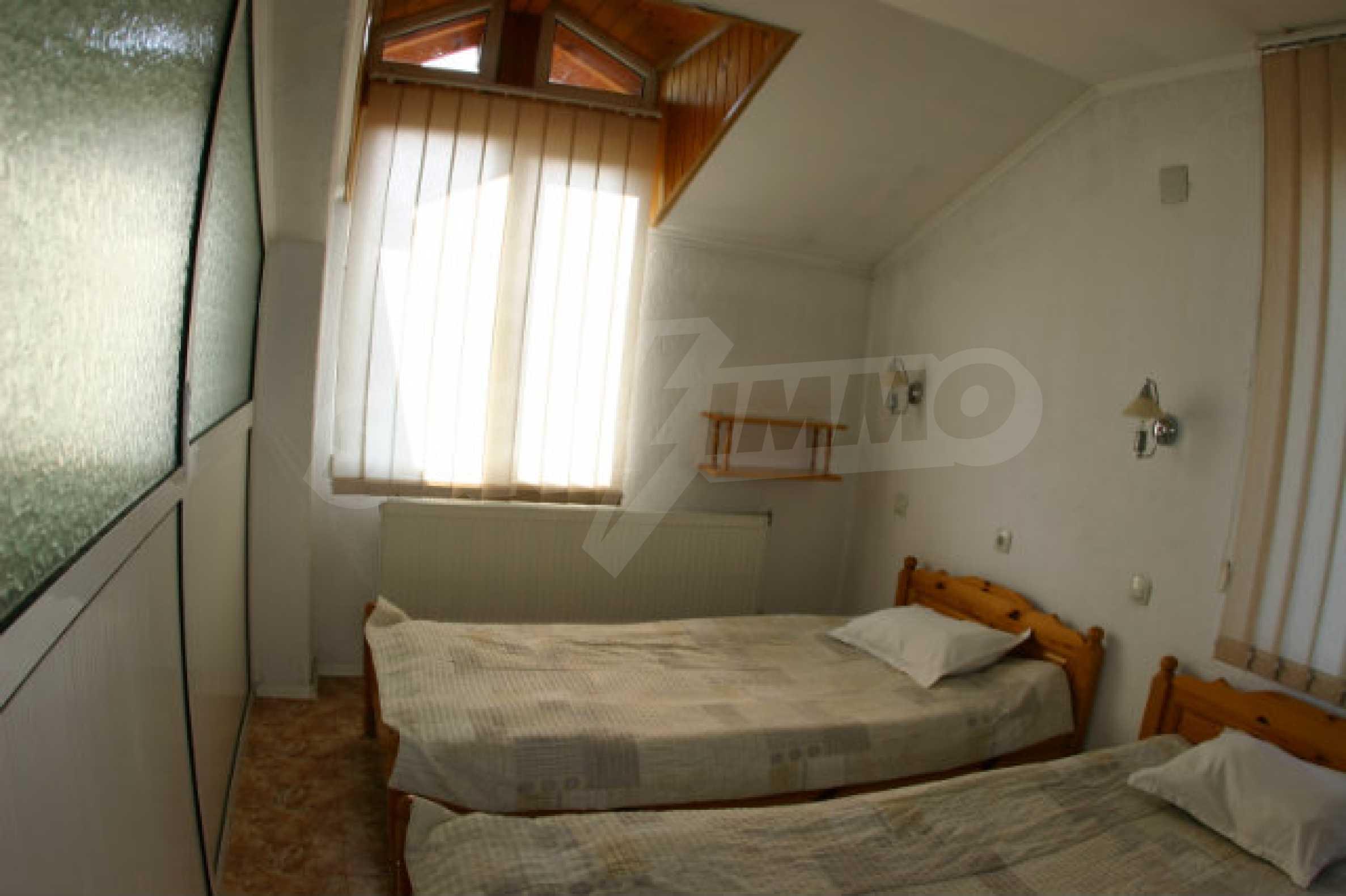Уютная гостиница в зимнем курорте Банско  12