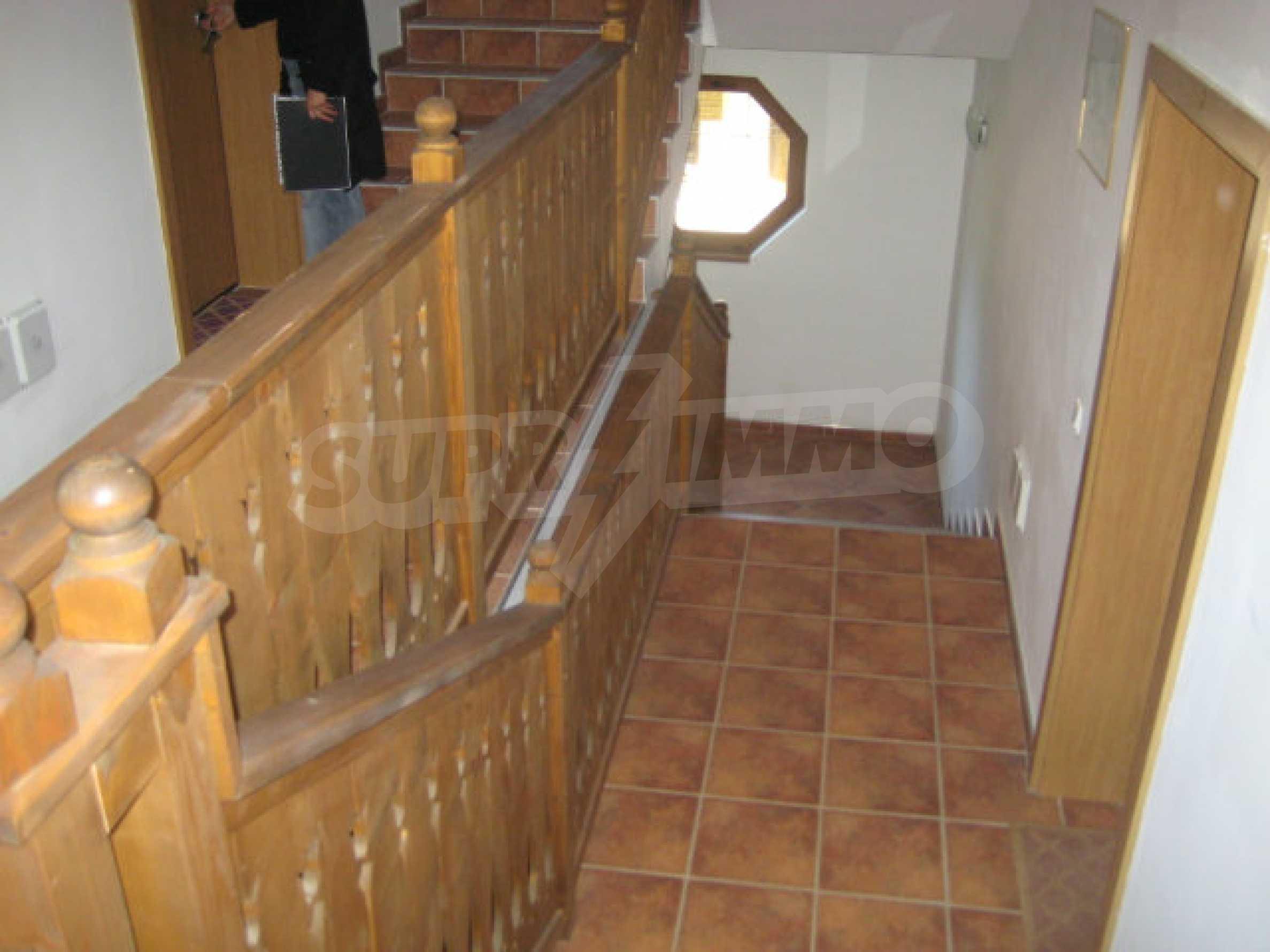 Апартаменти в алпийски стил само на 400 м от лифта в Боровец 17