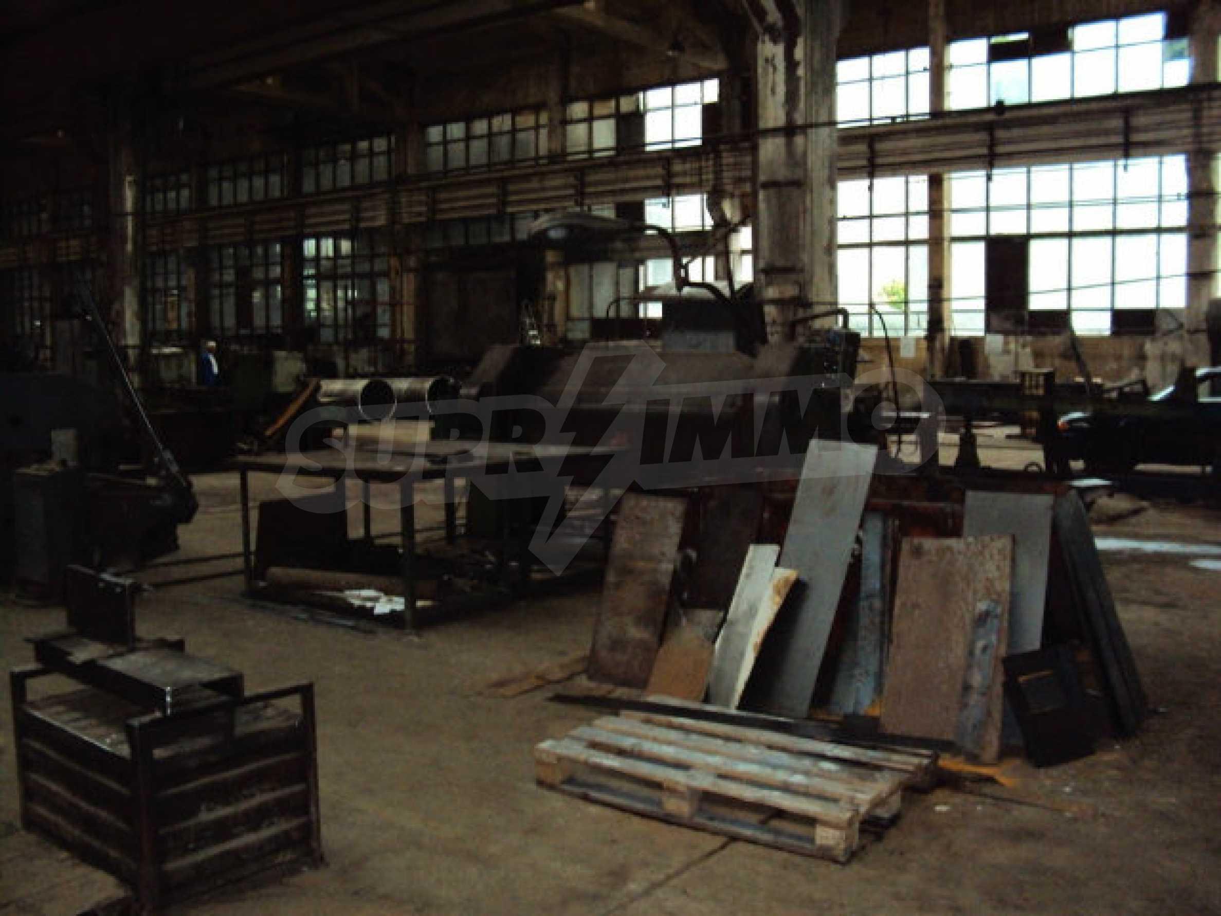 Factory for metal parts in Veliko Tarnovo 35
