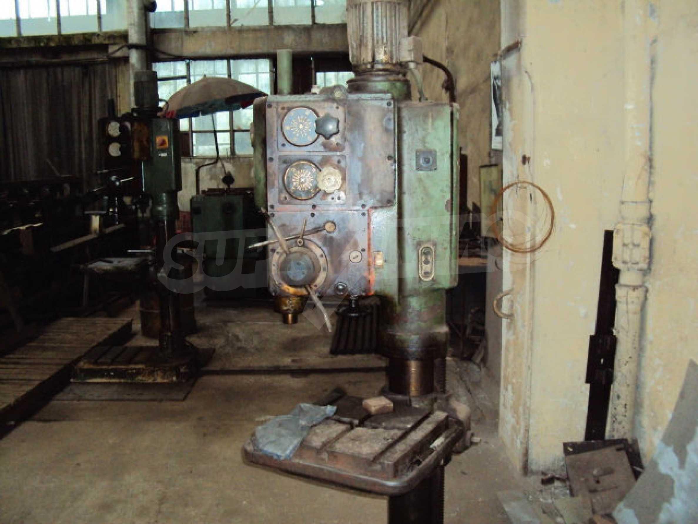 Factory for metal parts in Veliko Tarnovo 37