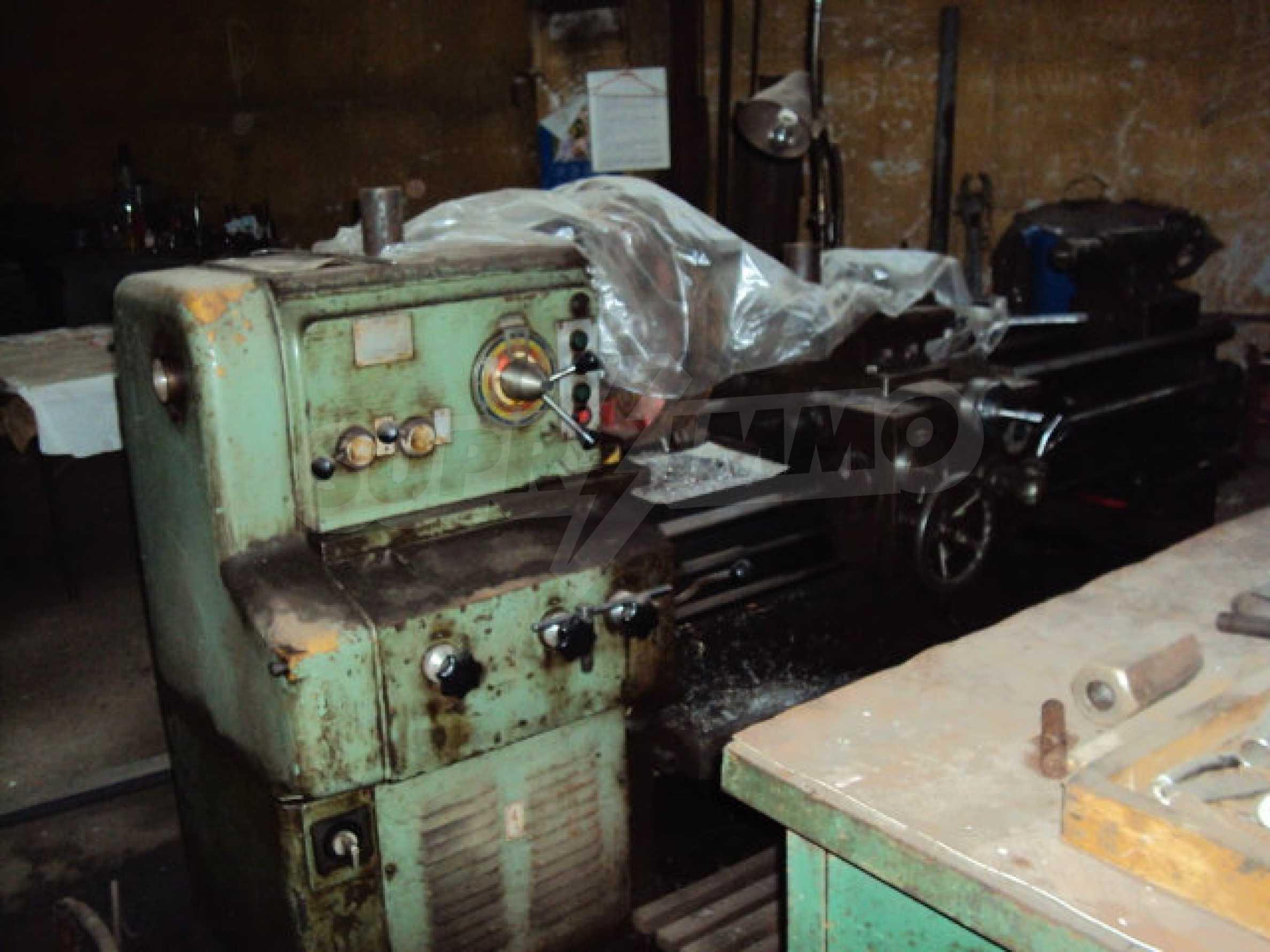 Factory for metal parts in Veliko Tarnovo 38