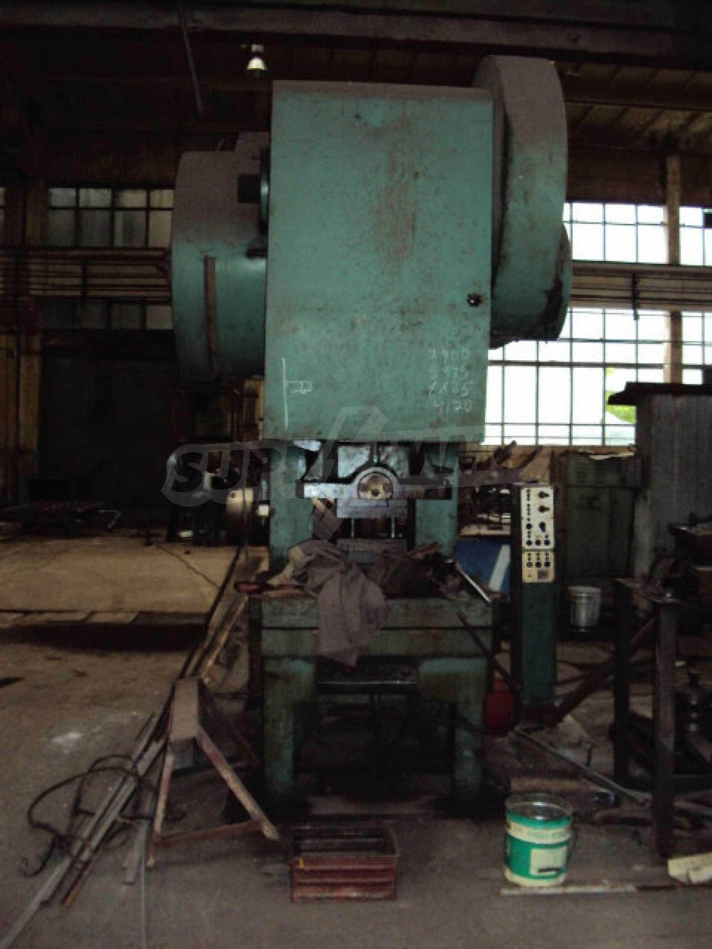 Factory for metal parts in Veliko Tarnovo 43