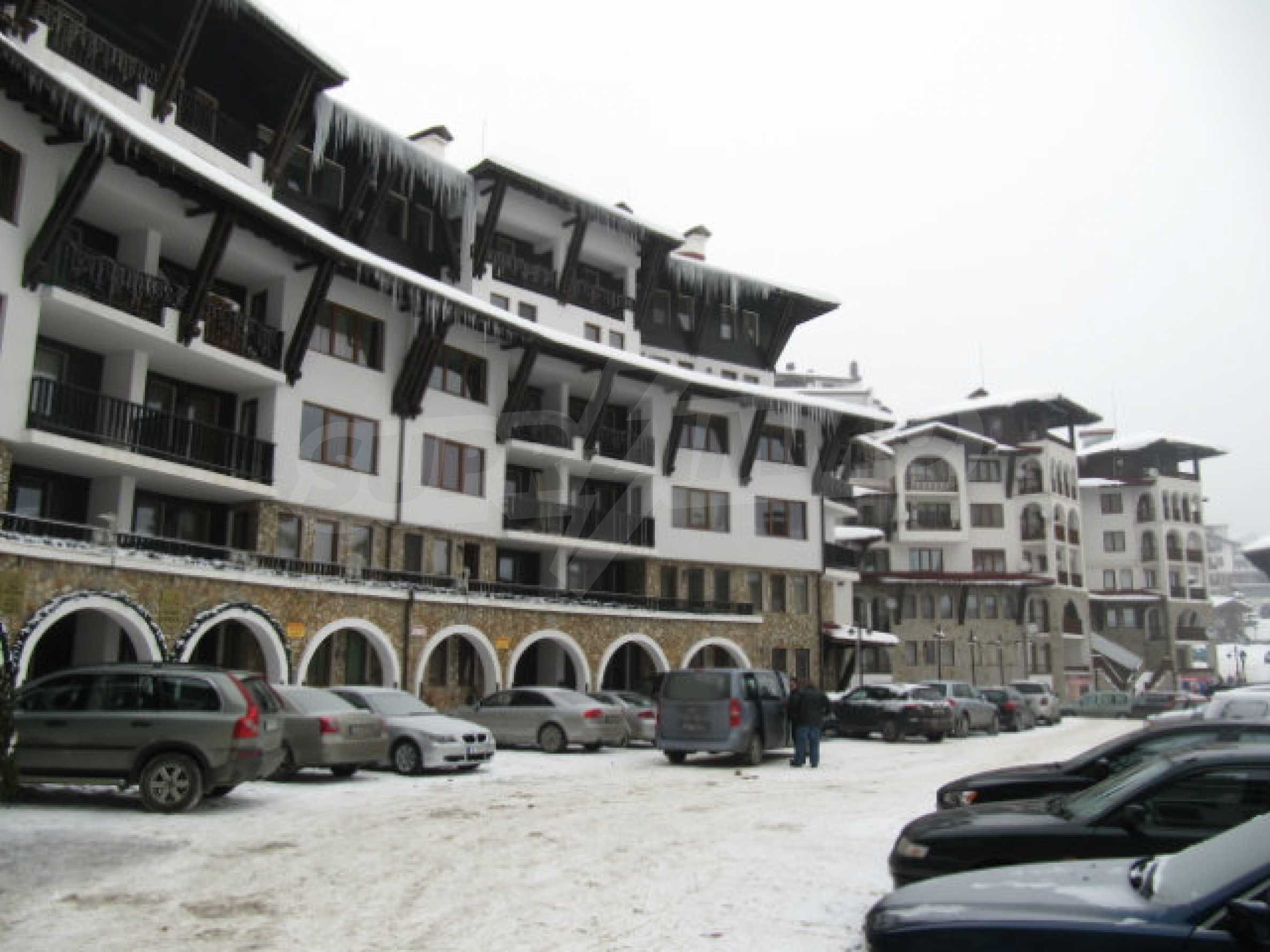 One-bedroom apartment in Grand Monastery complex 25