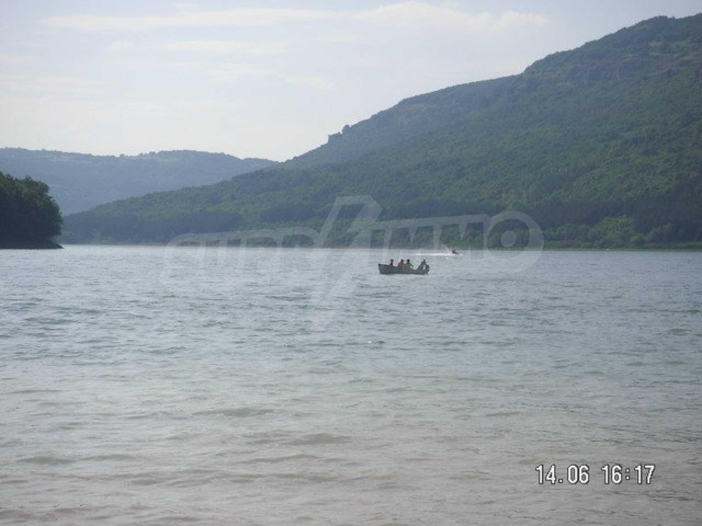 Land in regulation near Lake Alexander Stamboliyski 5