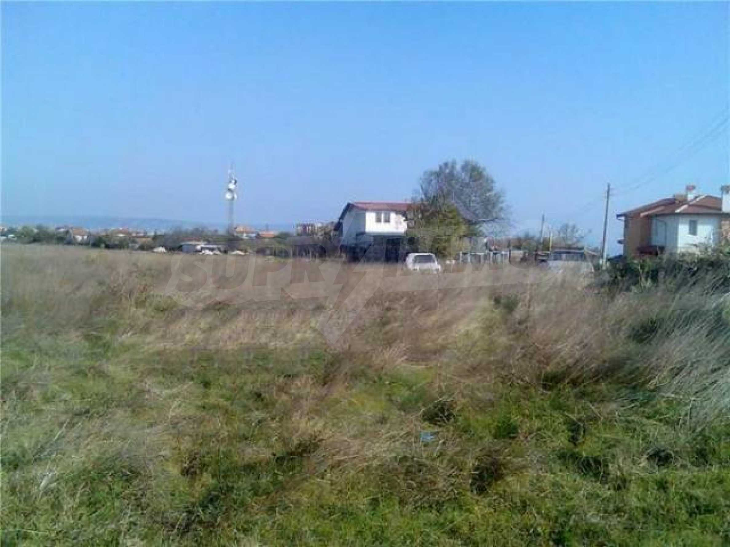 Plot in Galata for sale