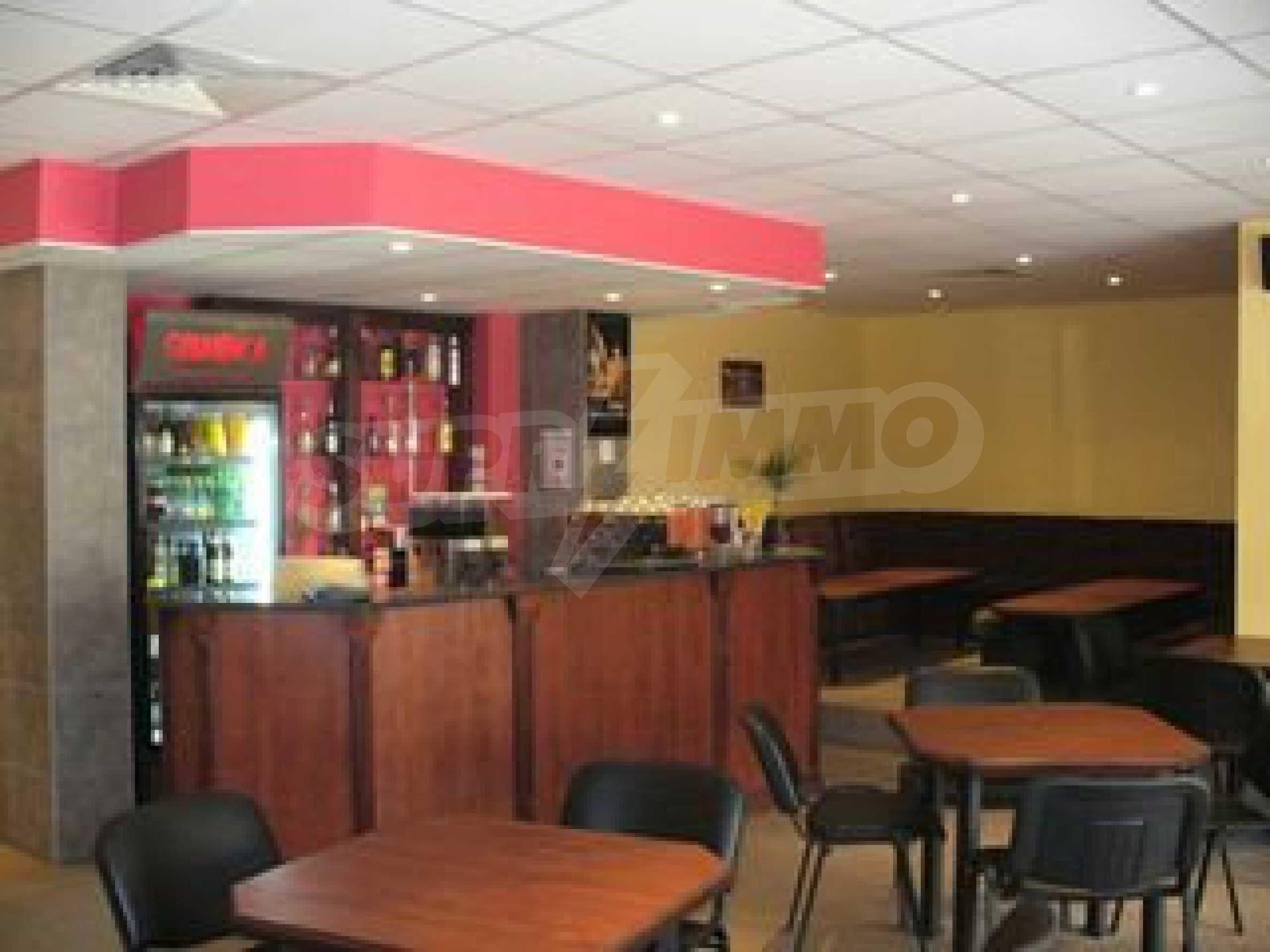 Food shop and bistro in Vidin 4