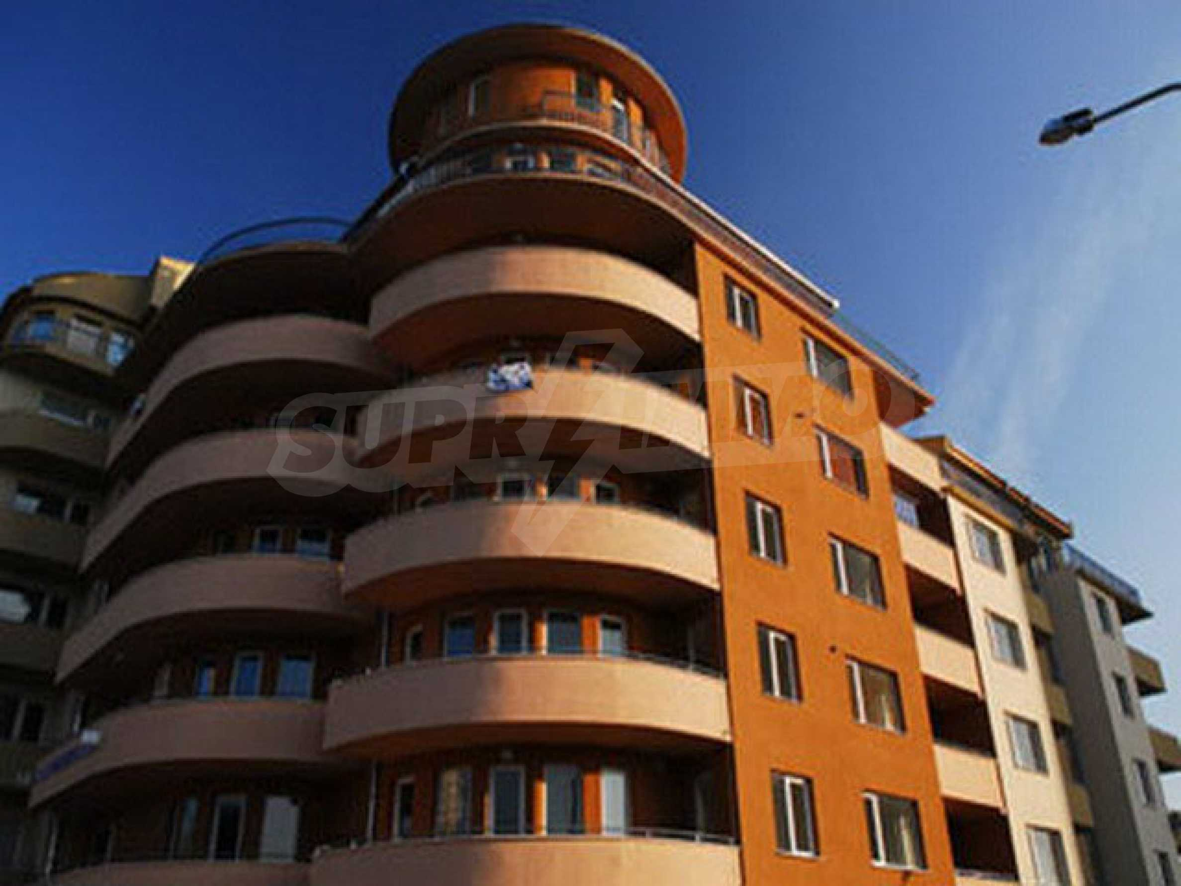 One bedroom apartment used as an office is located in Veliko Tarnovo 8