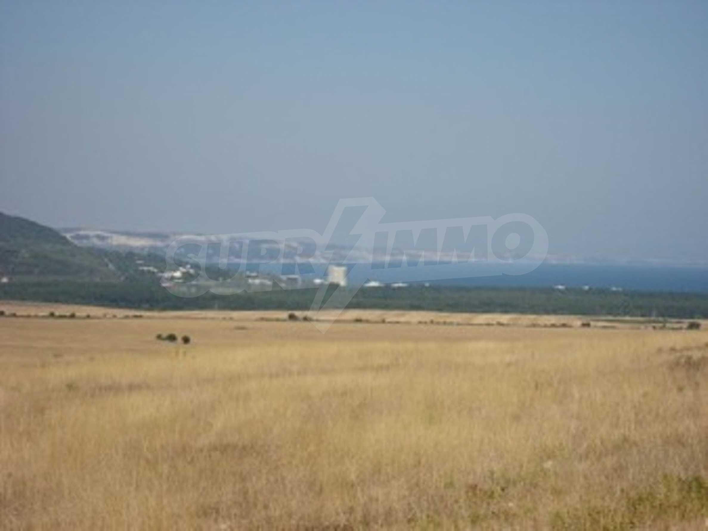 Plot near Albena 2