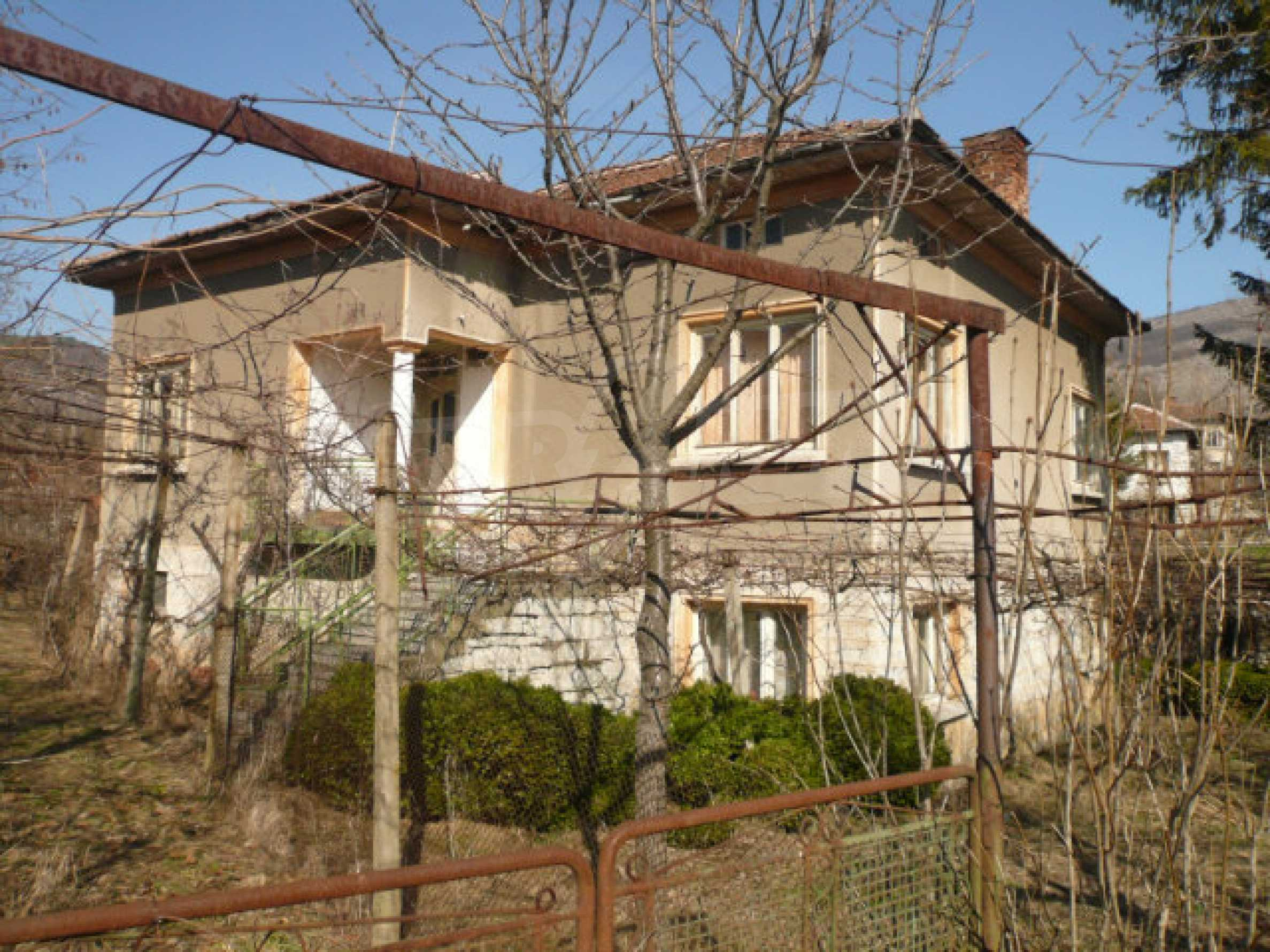 House with garden near Belogradchik