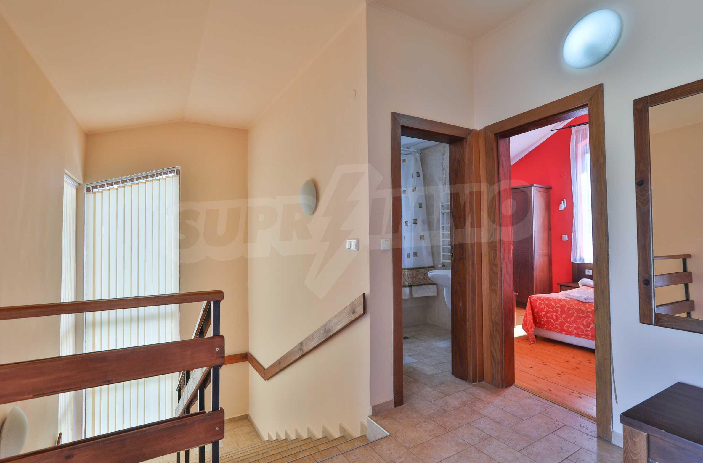 Полностью меблированный дом в комплексе «Реденка Холидей Клуб» 12