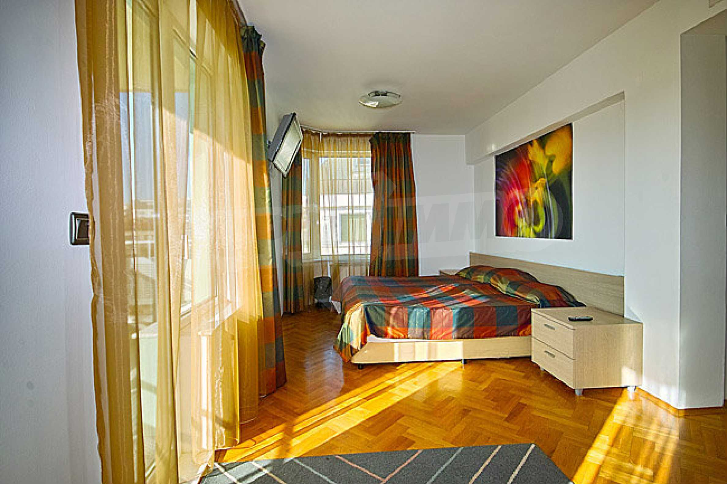 Apartments Pliska Star 8