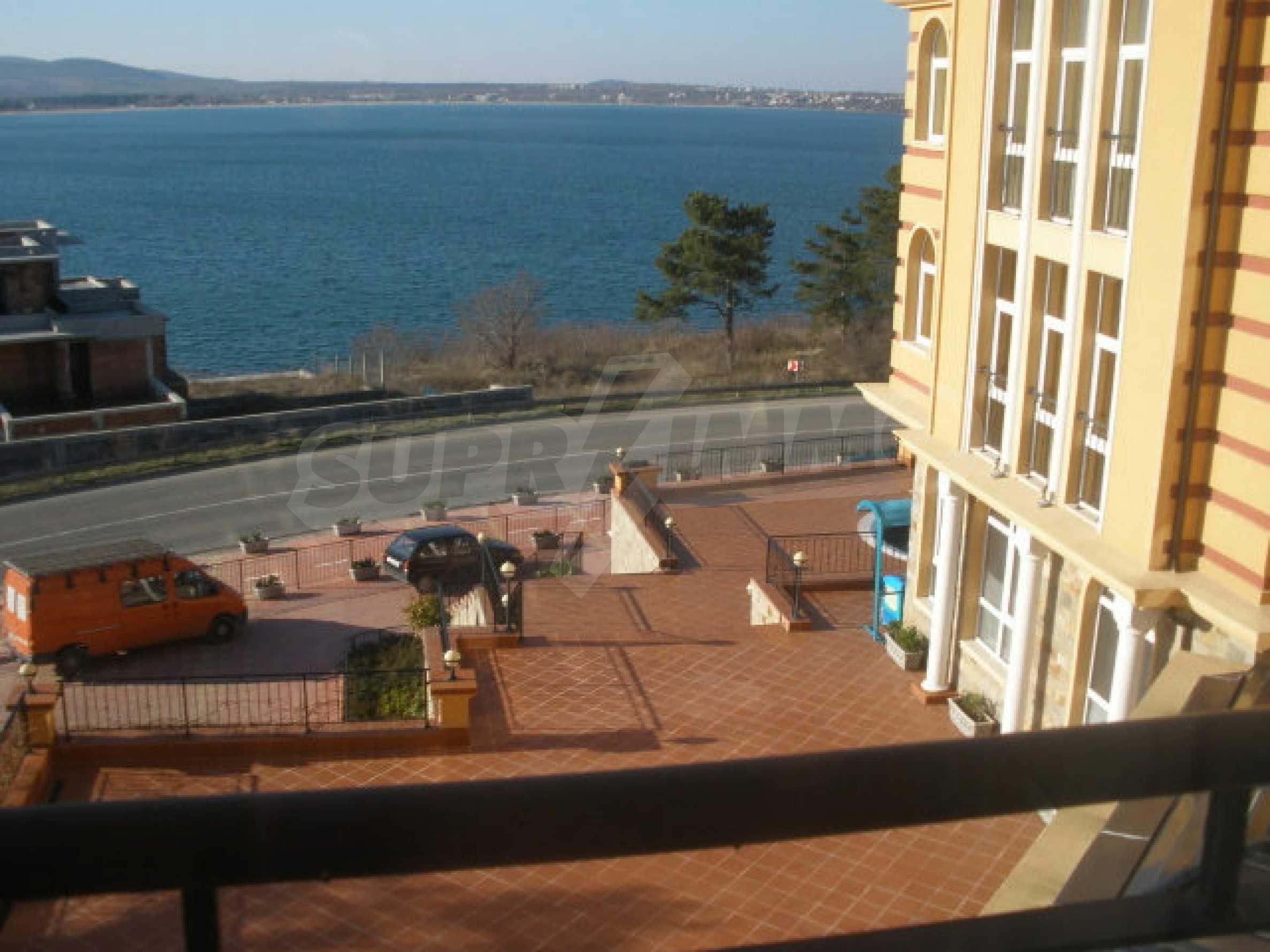 Трехкомнатный апартамент на продау в комплексе BIZANTIUM в Созополе 14