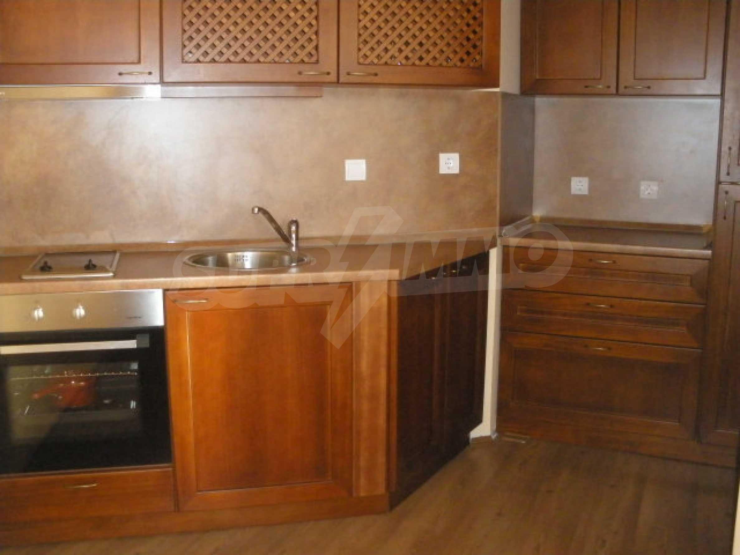 Трехкомнатный апартамент на продау в комплексе BIZANTIUM в Созополе 7