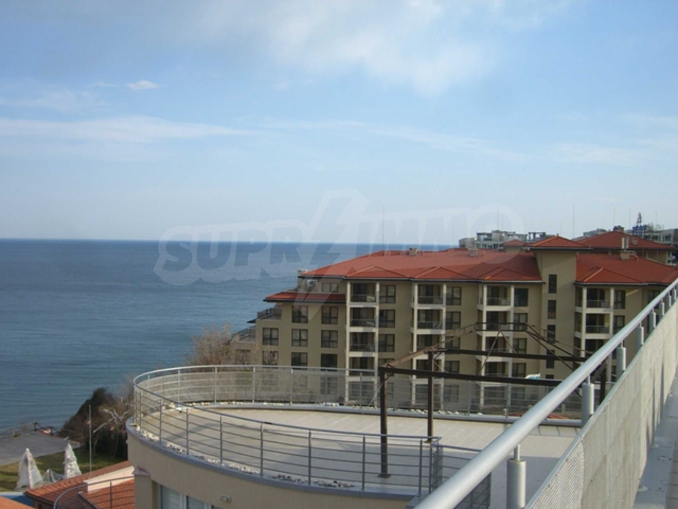 Two-bedroom apartment in Sunny House Complex 7
