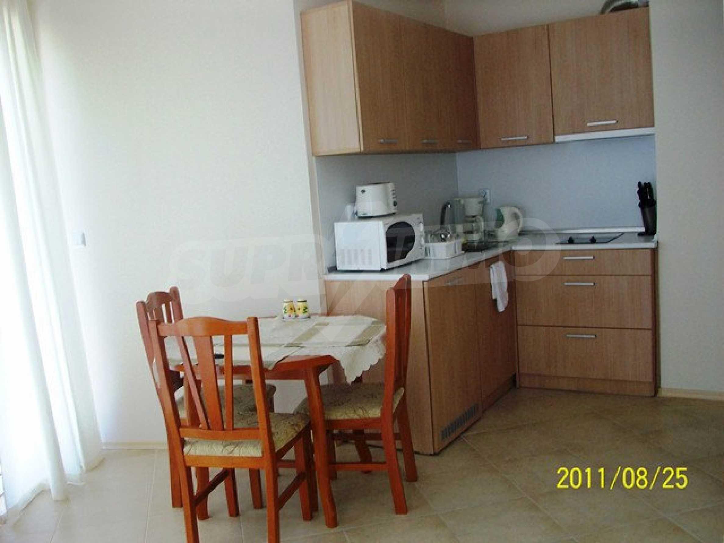 Трехкомнатный апартамент на продажу в комплексе Emberli в курорте Лозенец 14