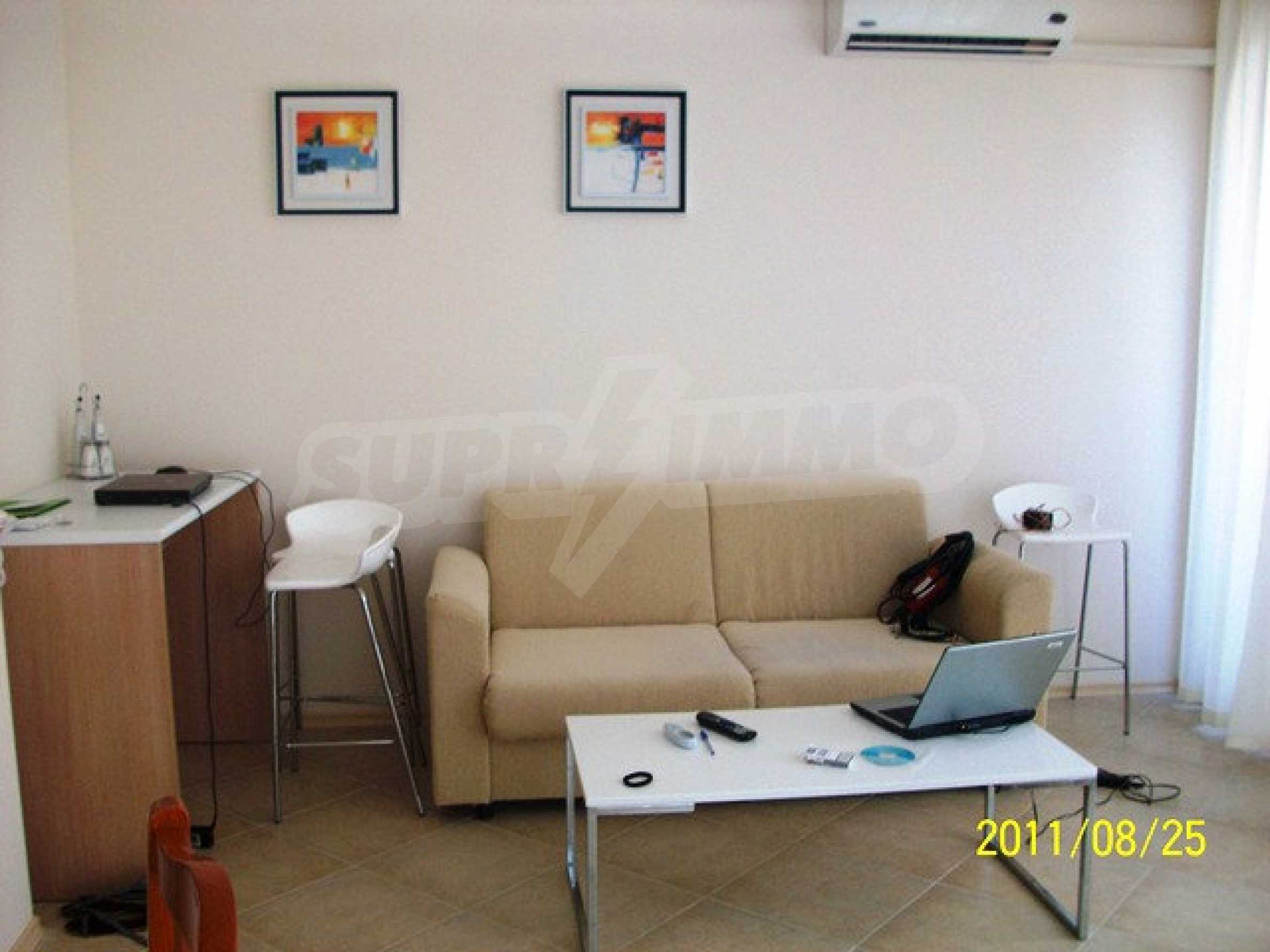 Трехкомнатный апартамент на продажу в комплексе Emberli в курорте Лозенец 15