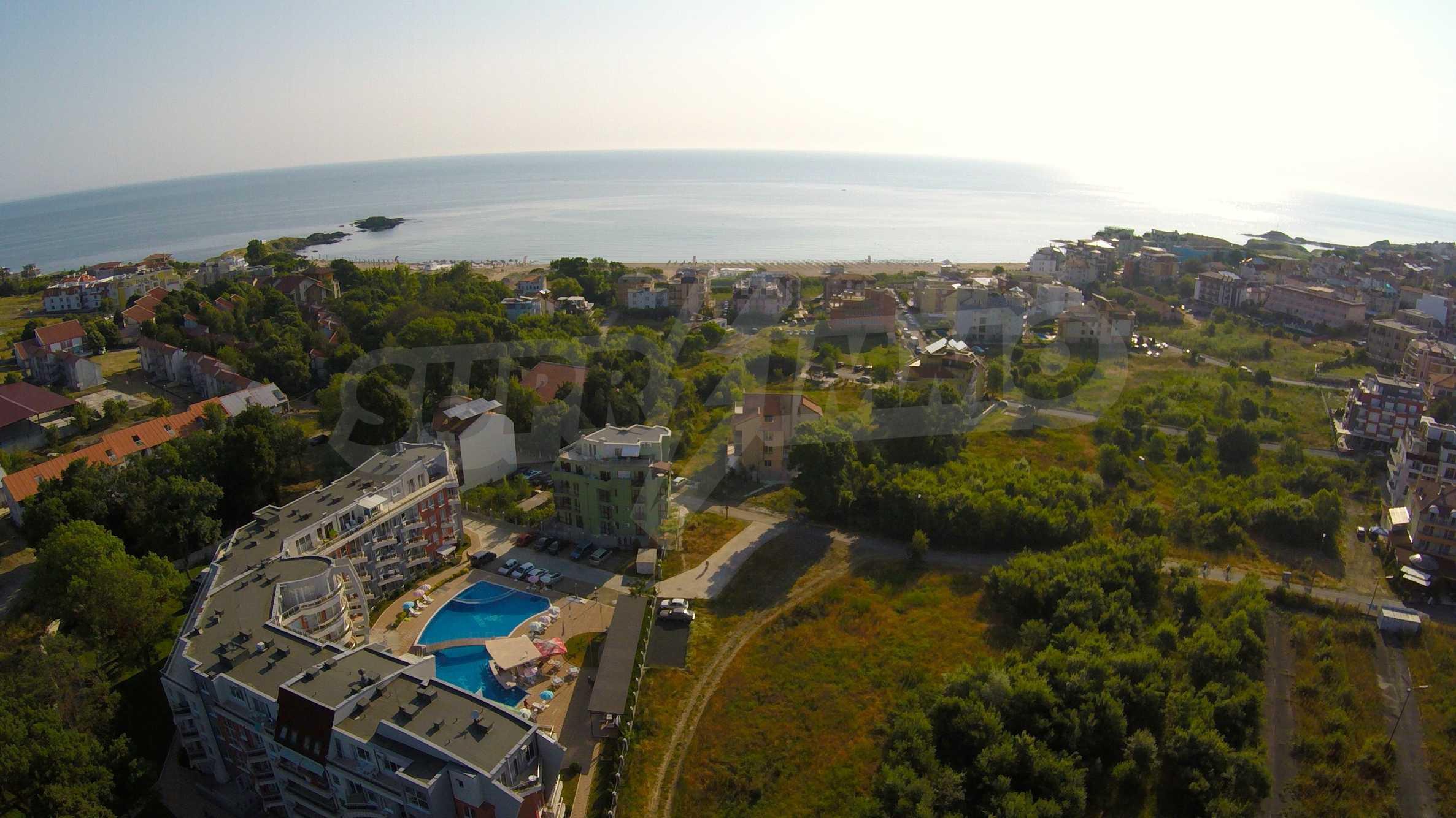 Трехкомнатный апартамент на продажу в комплексе Emberli в курорте Лозенец 36