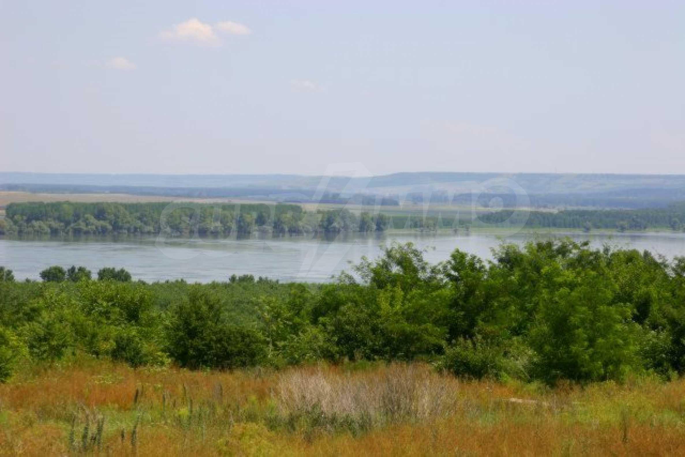 Development land near Vidin 1