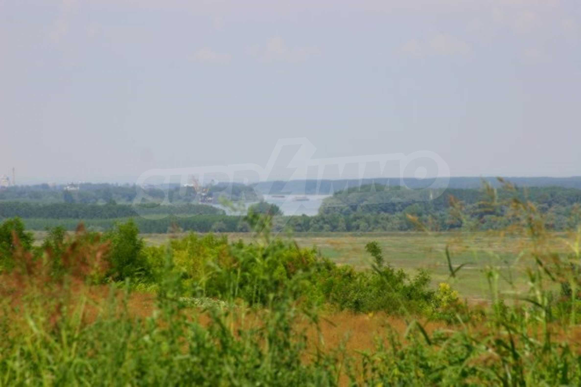 Development land near Vidin 3