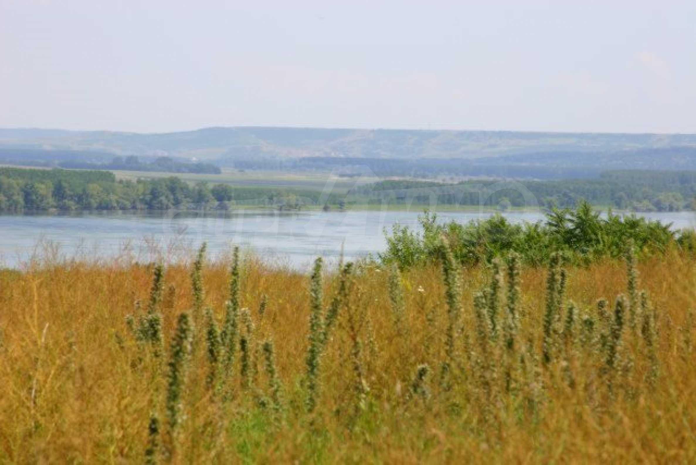 Development land near Vidin 4