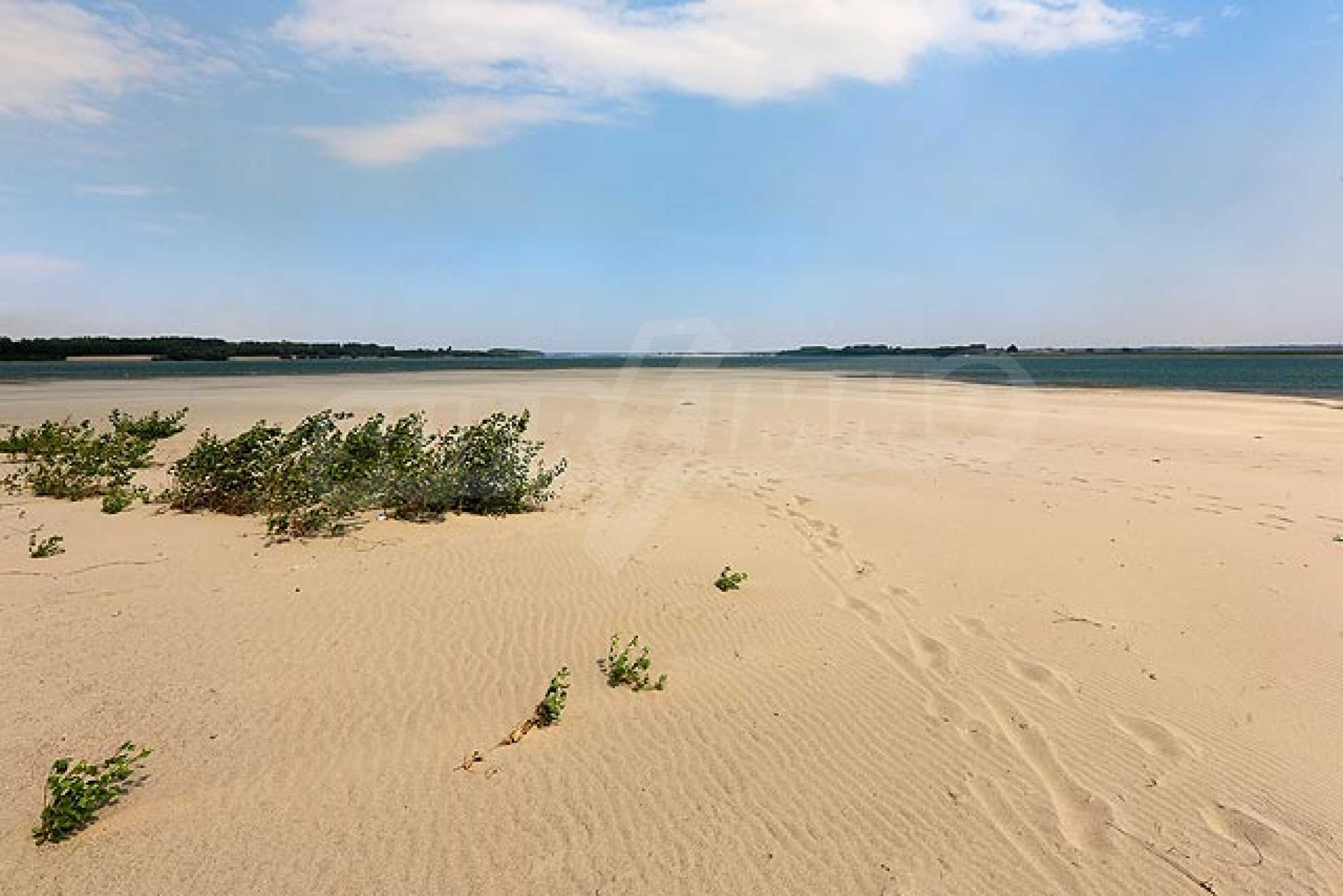 Danubia Beach 36