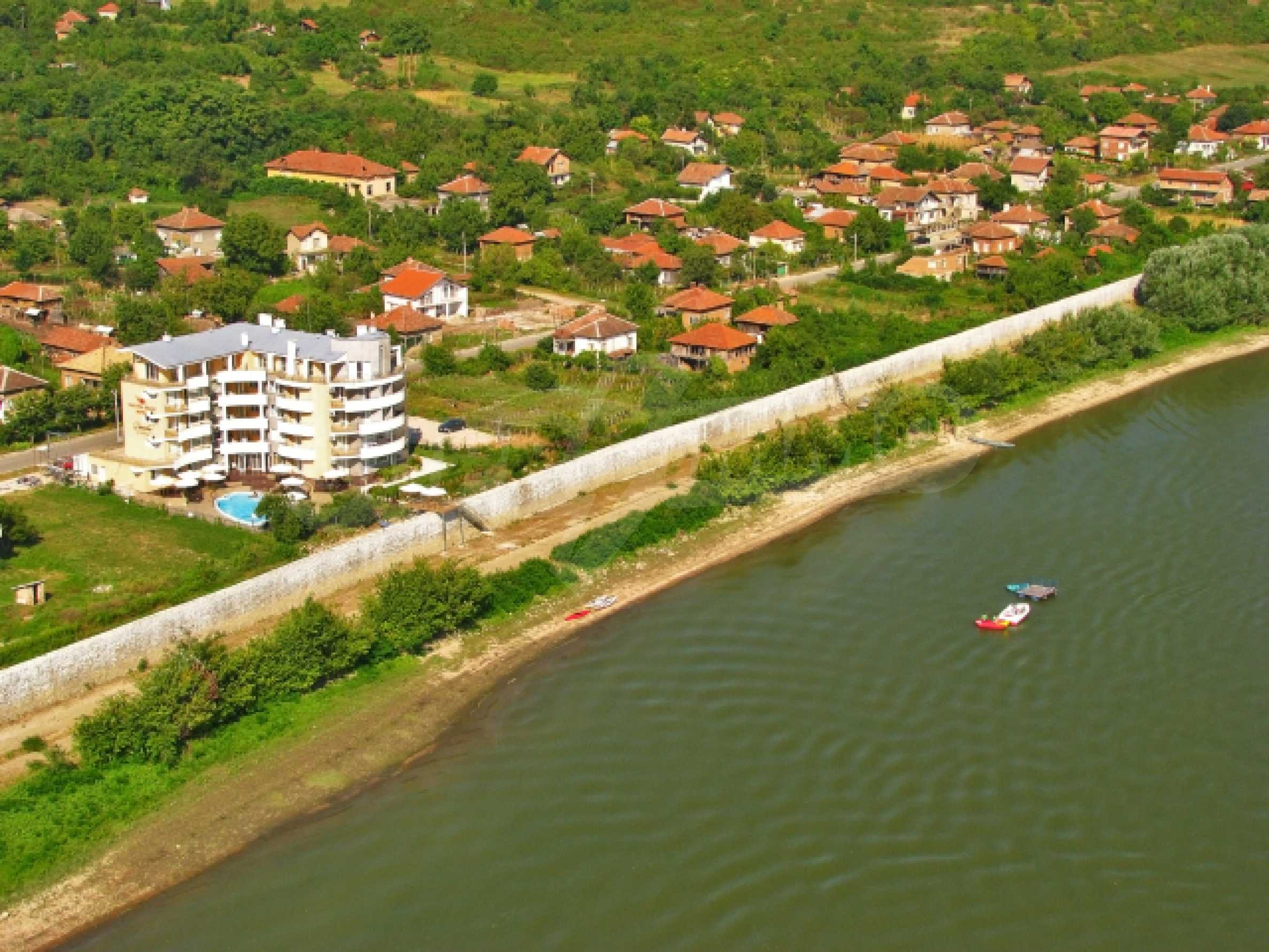 Danubia Beach 44