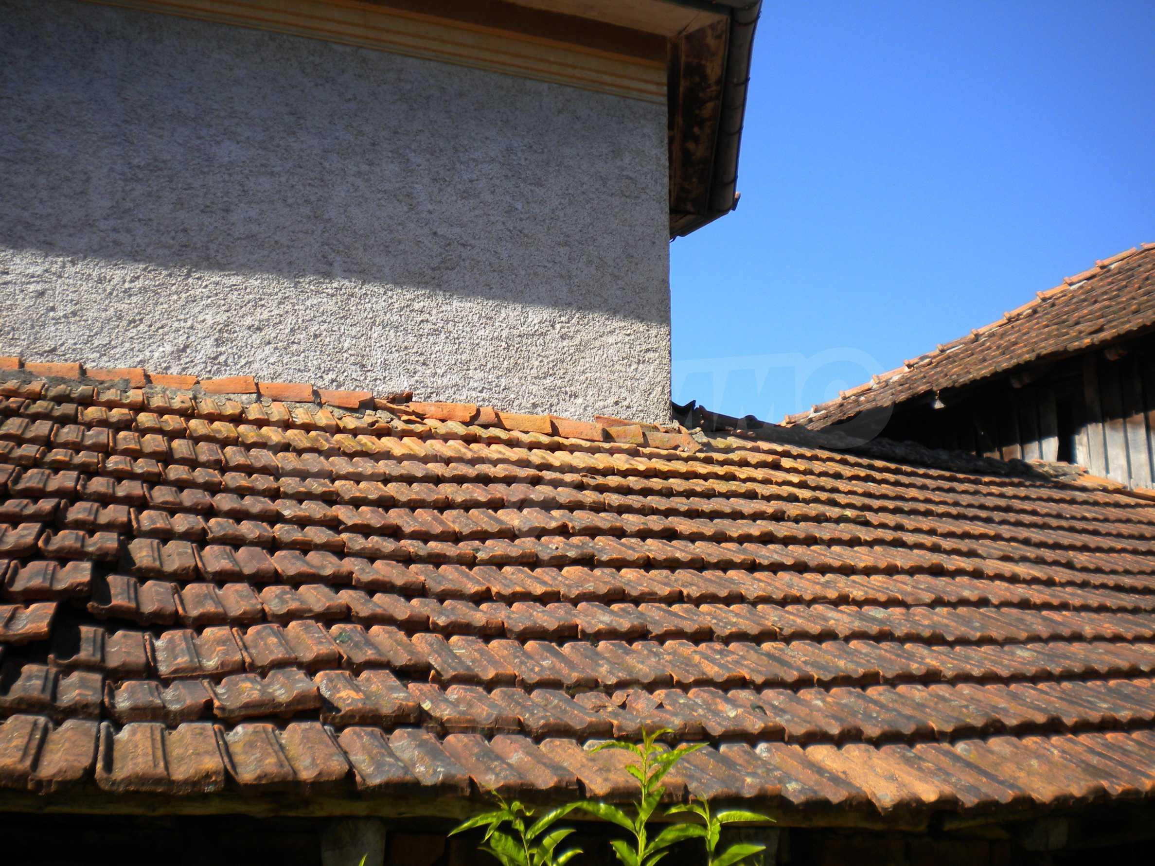 Къща на два етажа в полите на Стара планина близо до Белоградчик 17