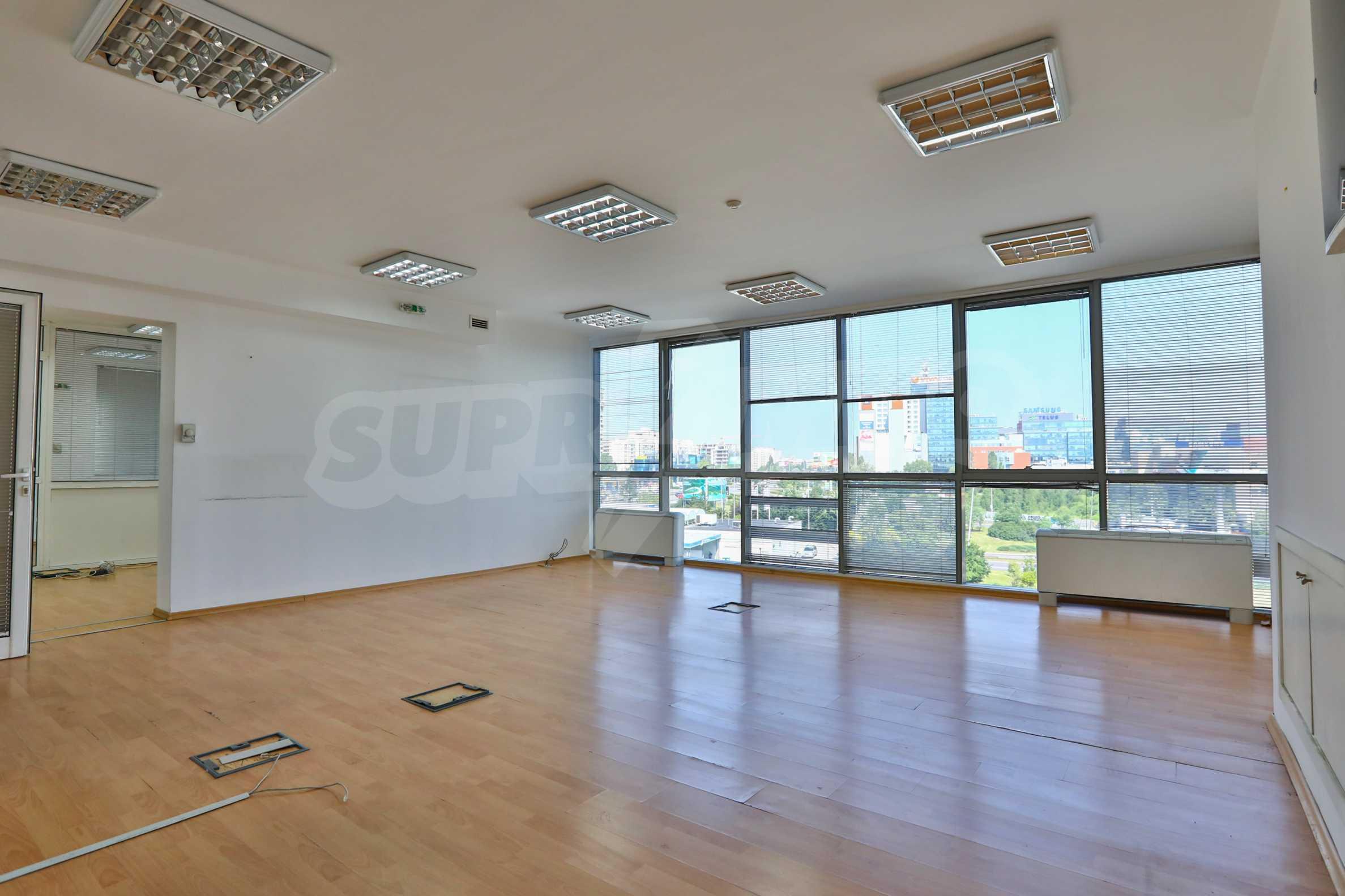 Площи тип open space в офис зоната на бул. Цариградско шосе 20