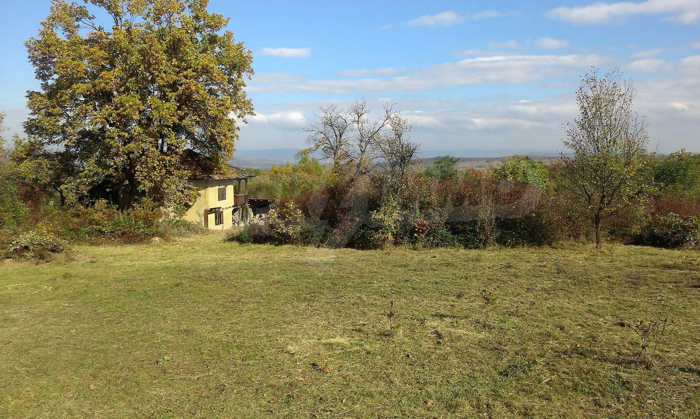 Двуетажна къща в красиво планинско село, до езеро 11