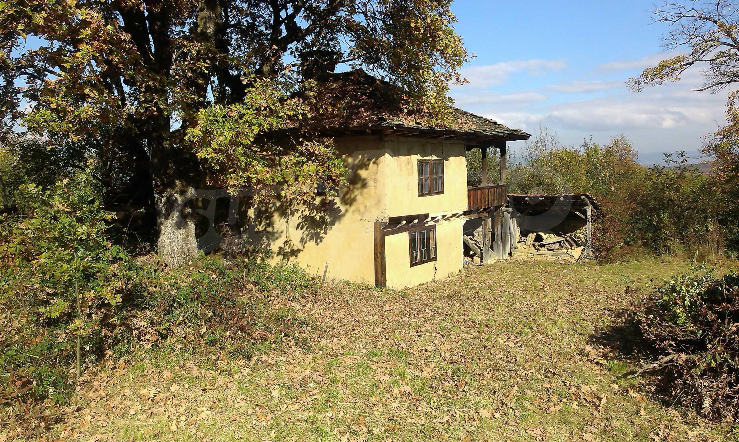 Двуетажна къща в красиво планинско село, до езеро 17