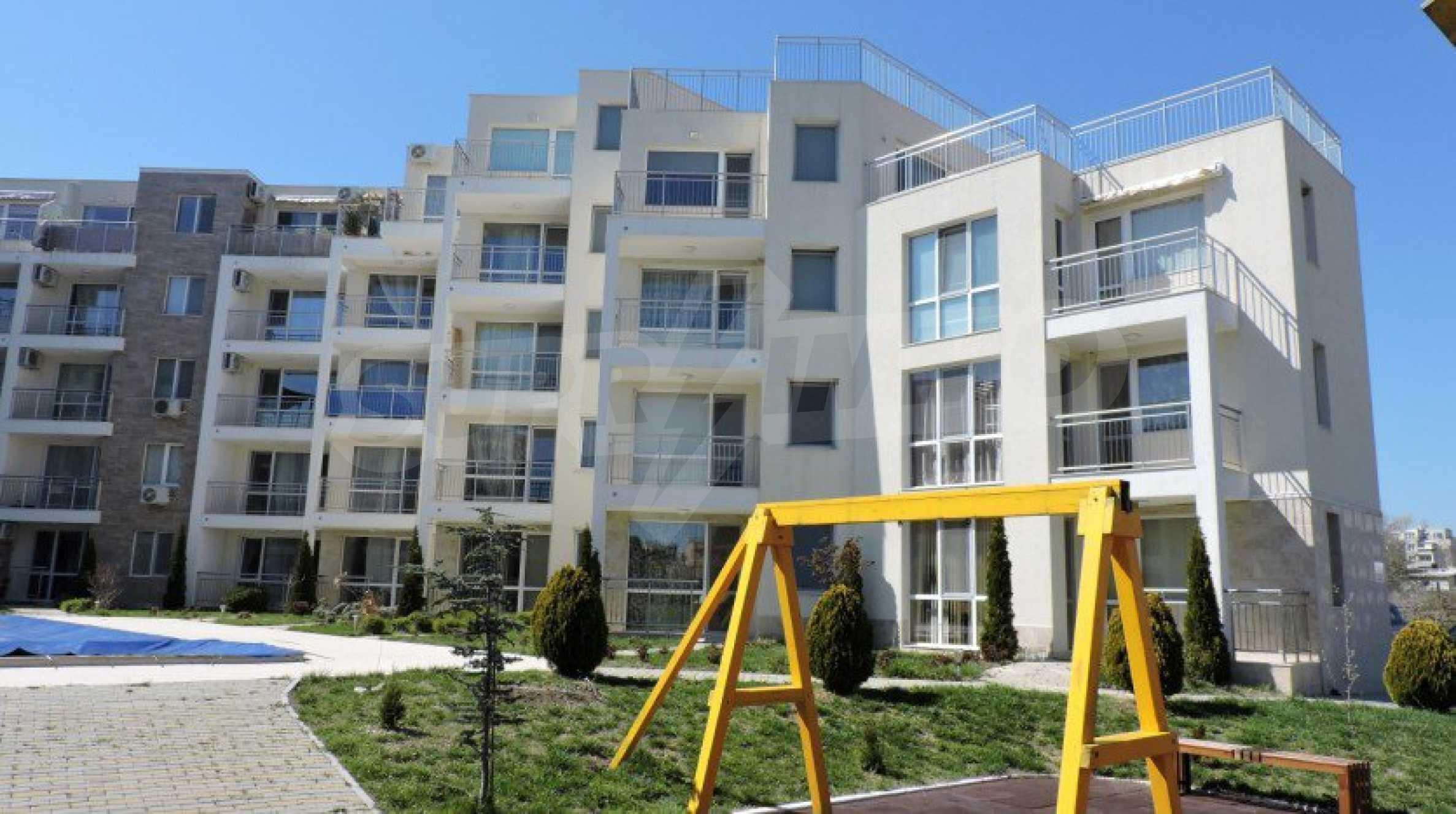 Тристаен апартамент близо до плажа в Бяла 15