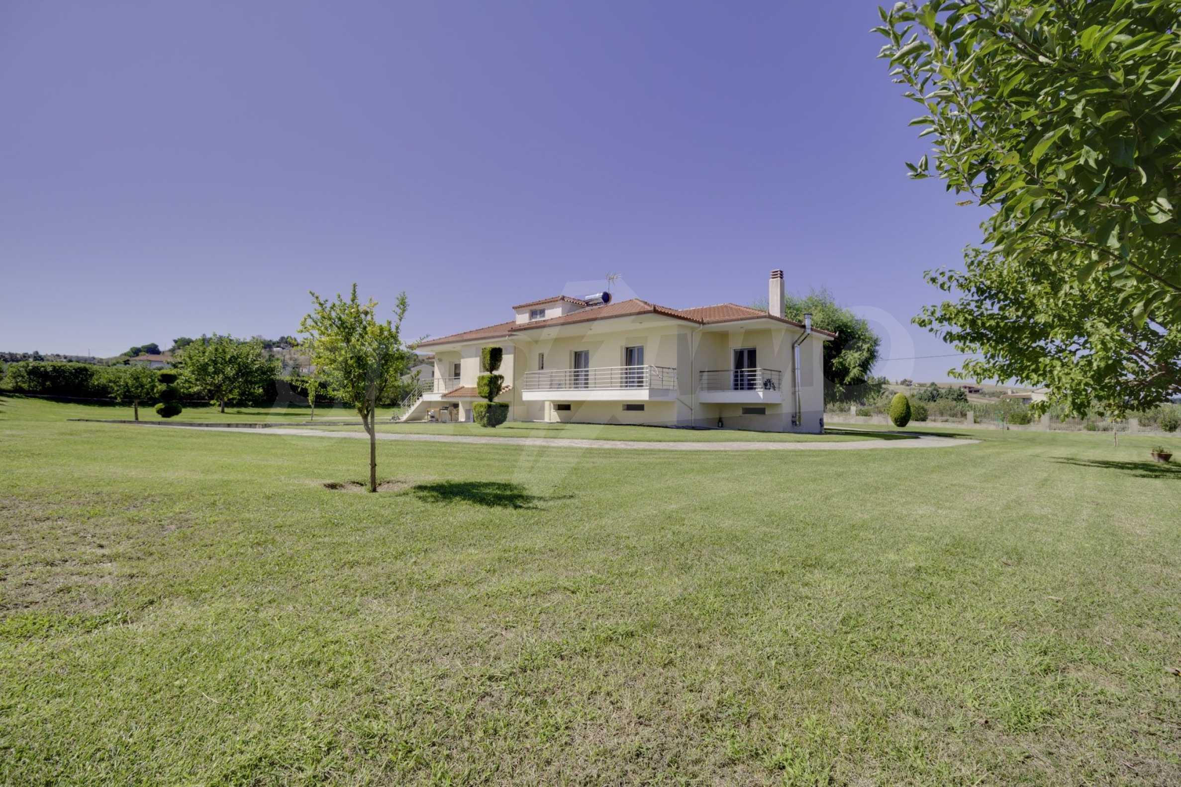 Къща  в  Tagarades 25
