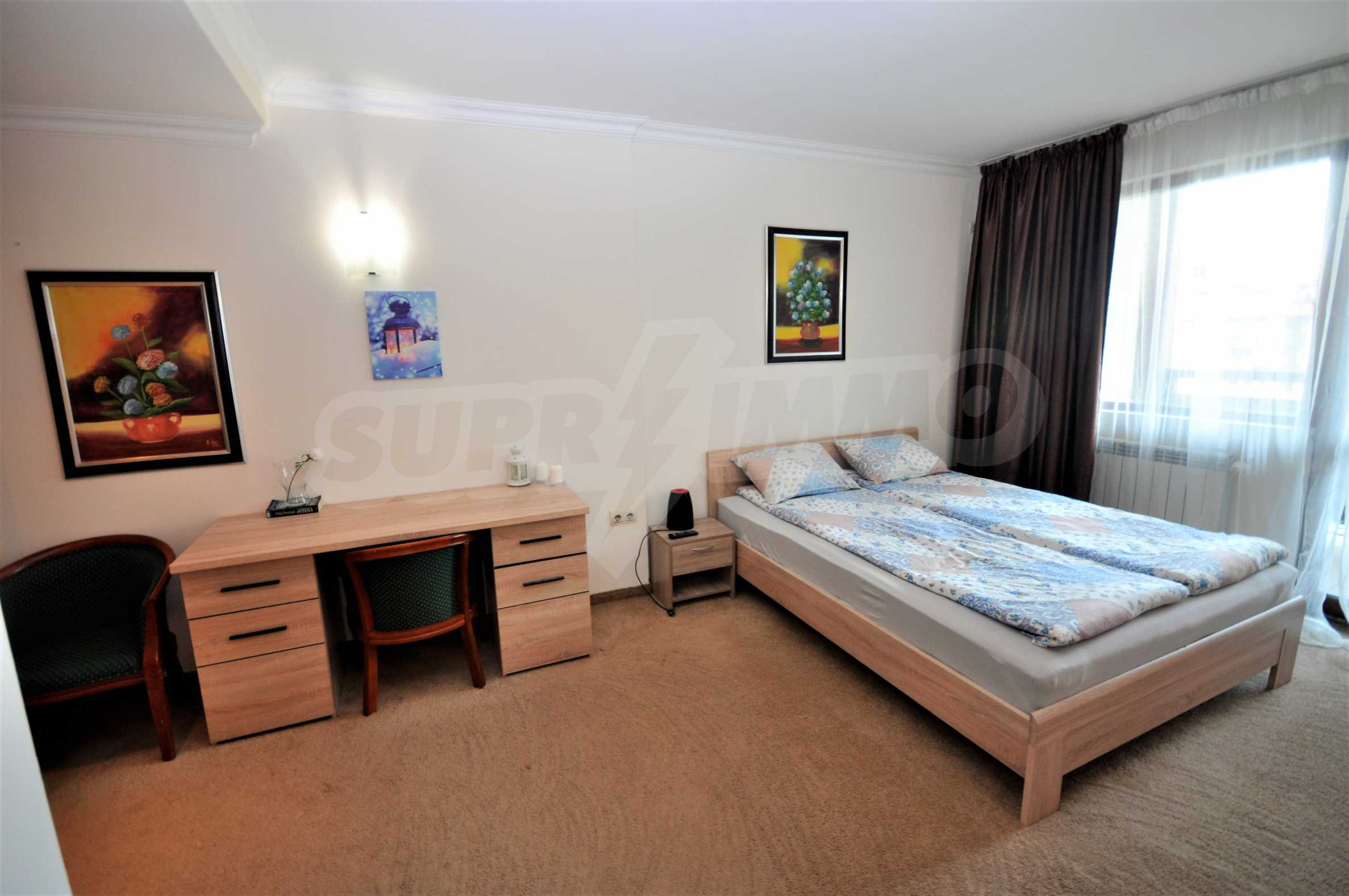 """Spacious two-bedroom apartment located in the """"Emerald"""" complex in Bansko 1"""