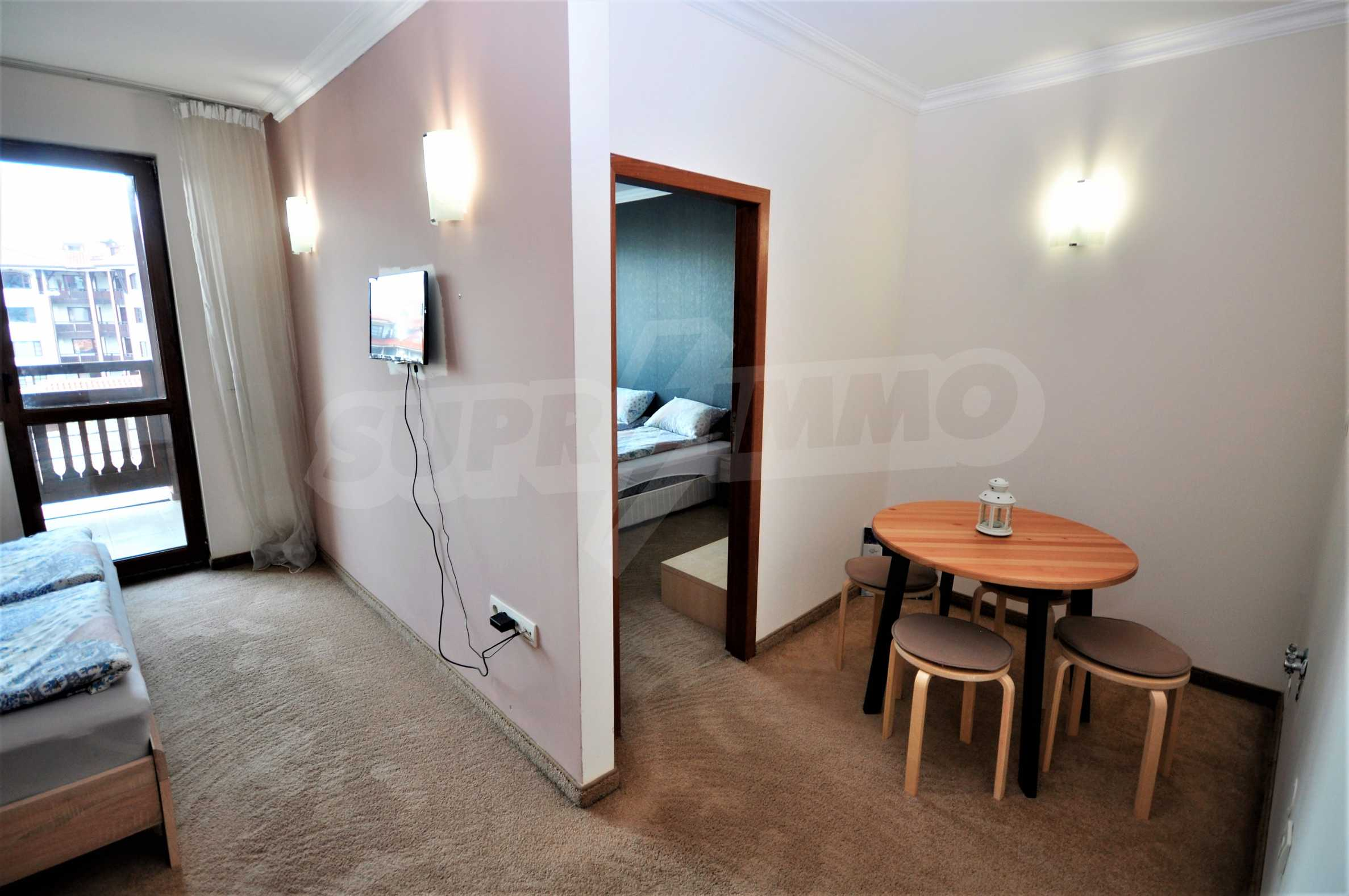 """Spacious two-bedroom apartment located in the """"Emerald"""" complex in Bansko 7"""