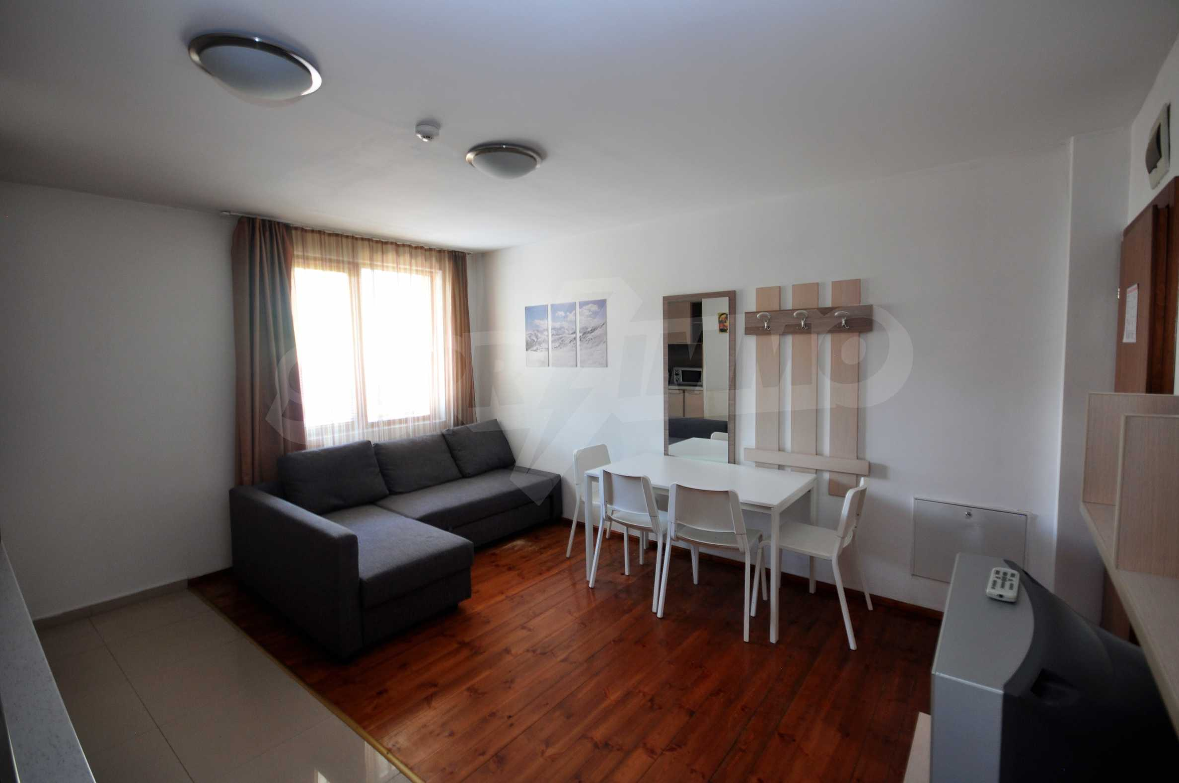 One bedroom apartment meters from the lift in the town of Bansko 5