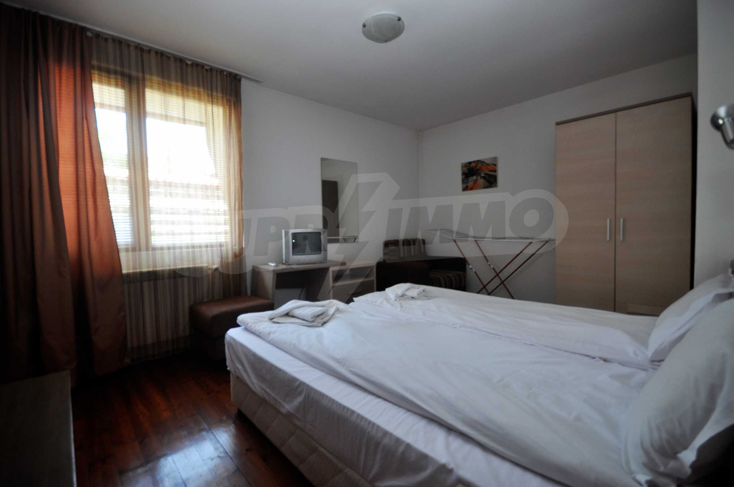 One bedroom apartment meters from the lift in the town of Bansko 6