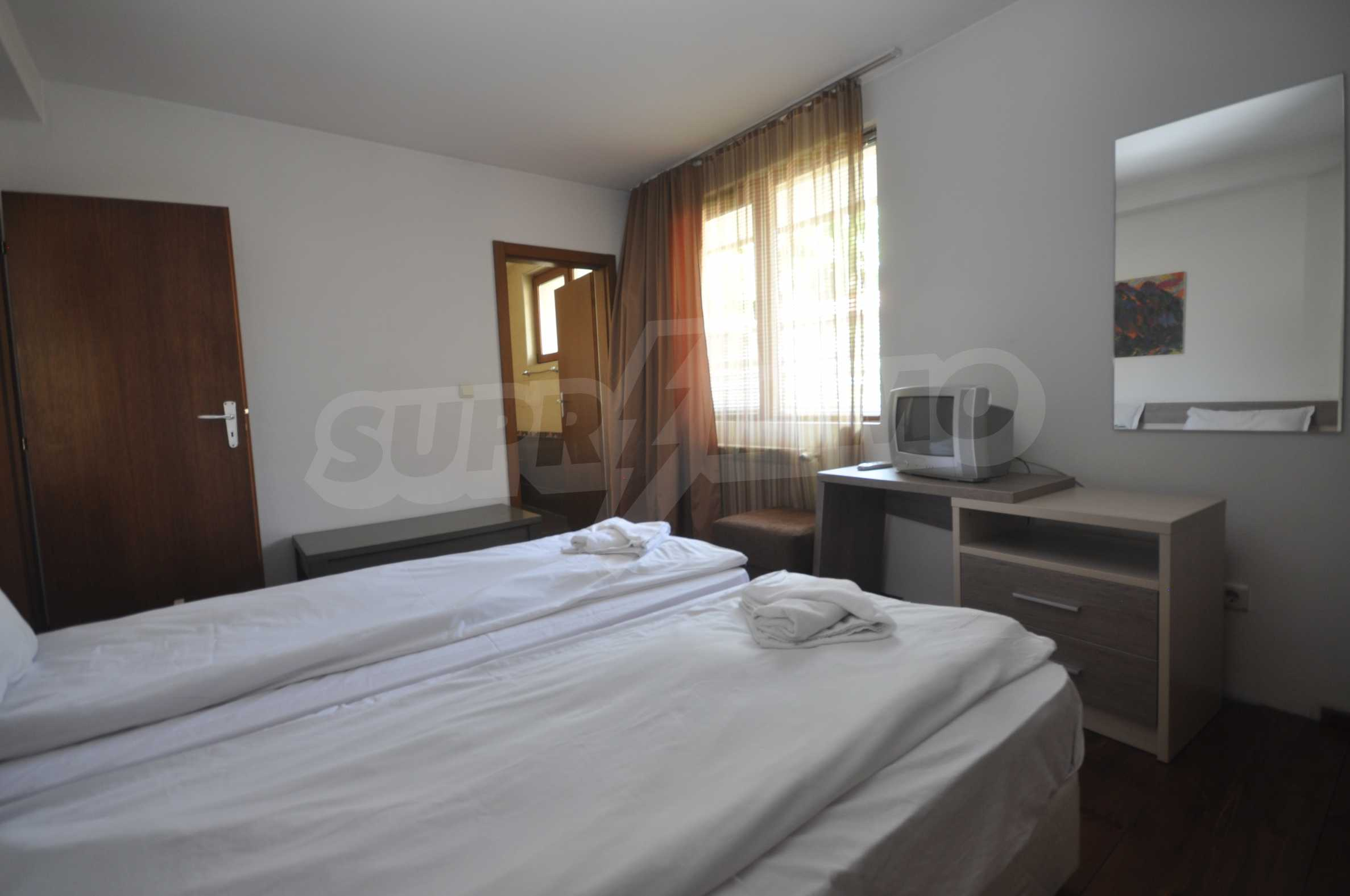 One bedroom apartment meters from the lift in the town of Bansko 8