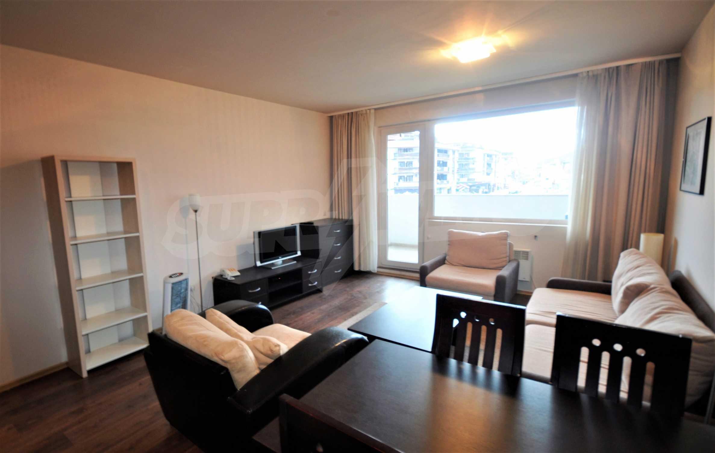 Spacious two-bedroom apartment near the ski lift in Bansko 2