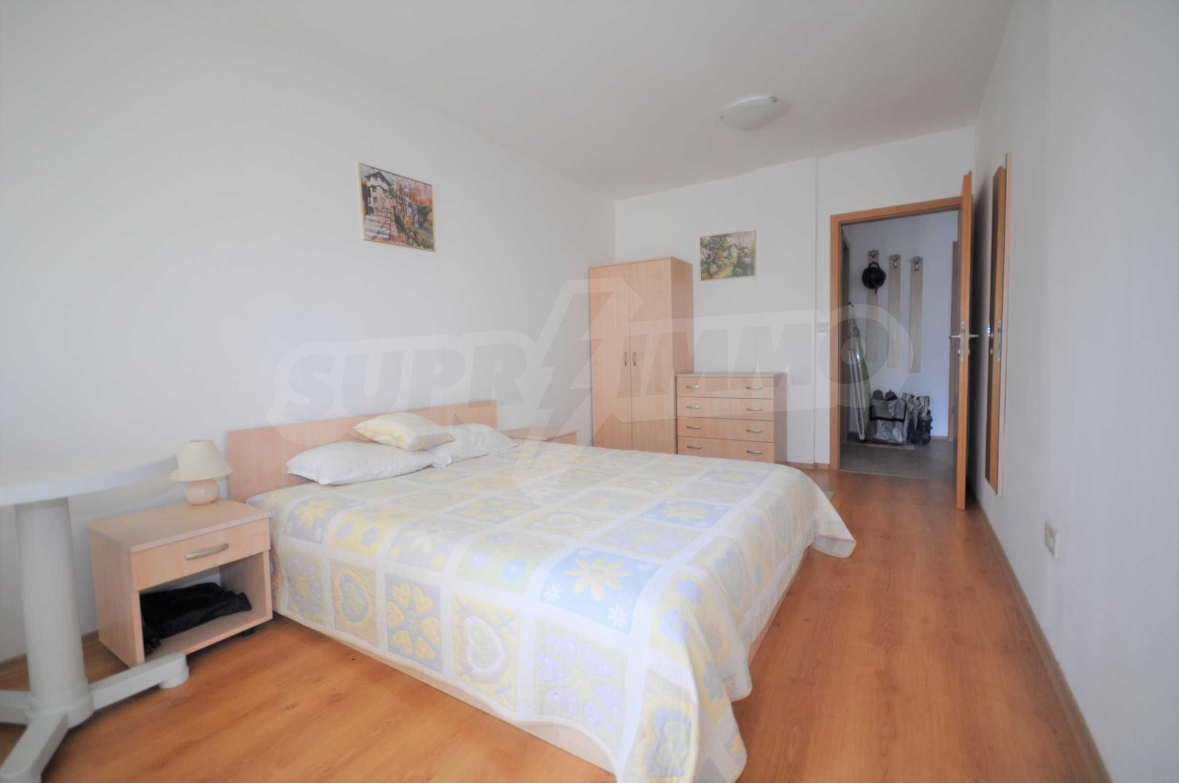 Furnished apartment in a year-round complex 9