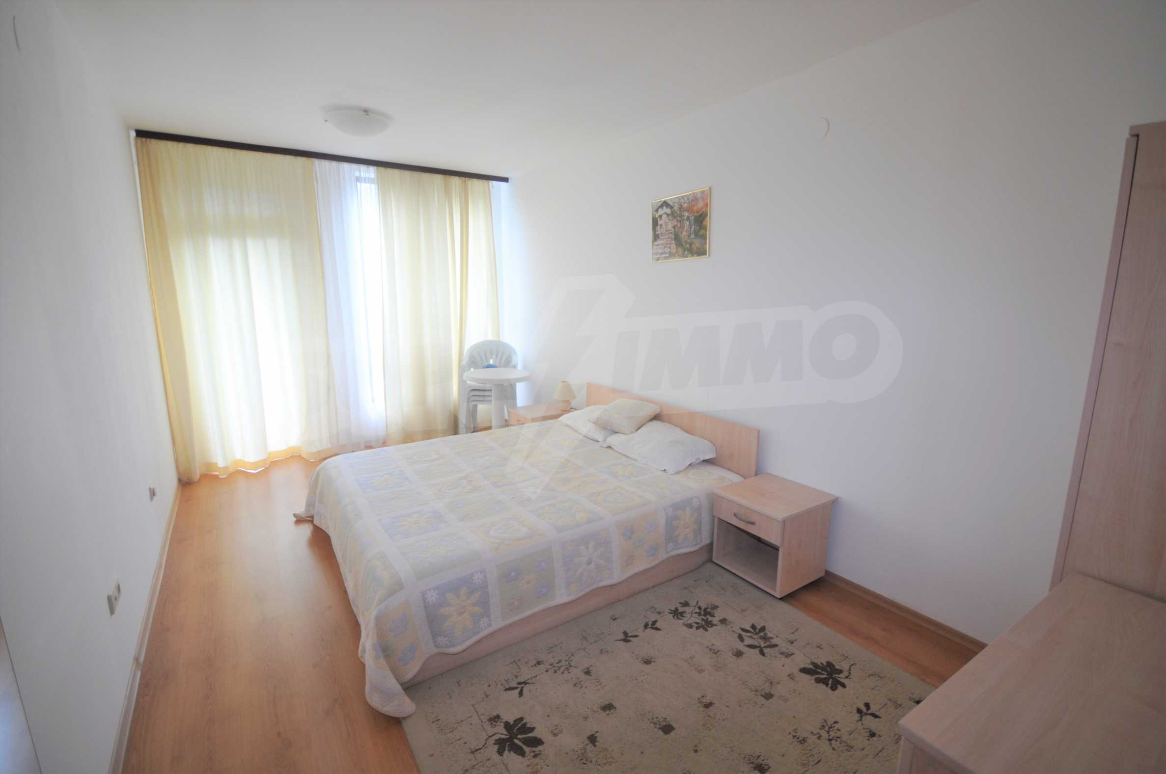 Furnished apartment in a year-round complex 5