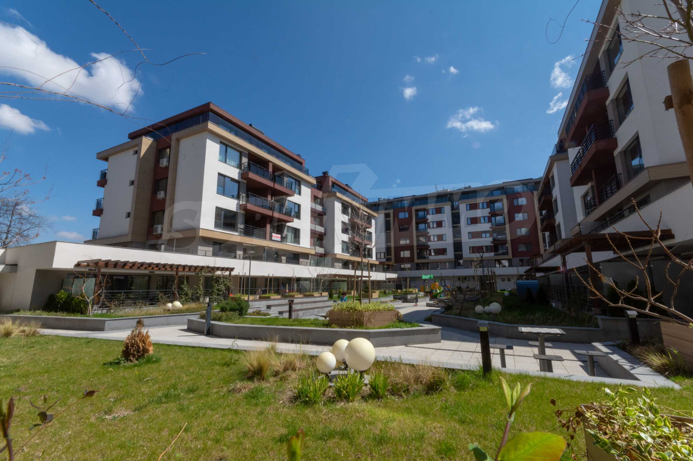 Двустаен апартамент в луксозна жилищна сграда на комуникативна локация в гр.Пловдив 12