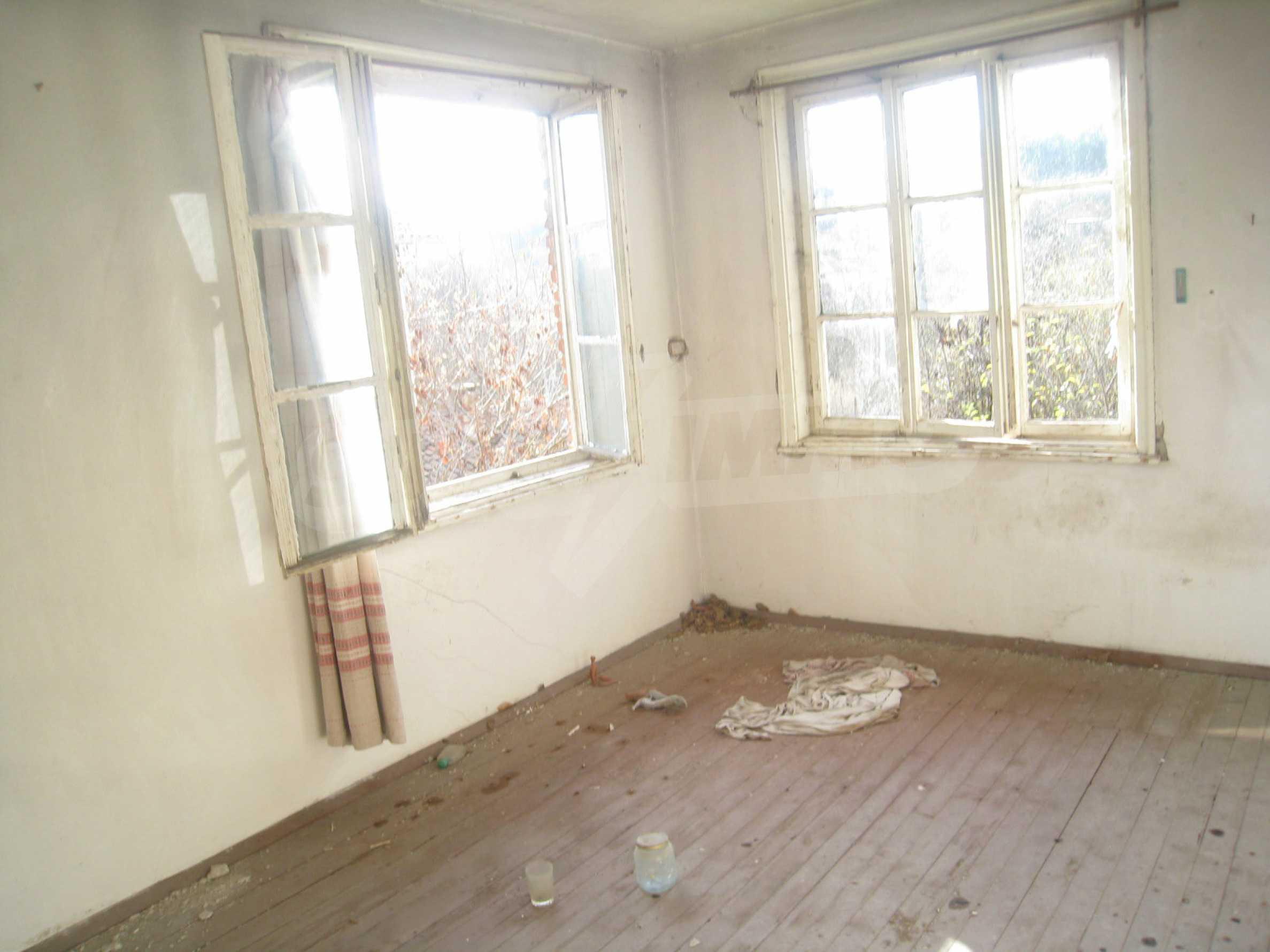 Дом на продажу недалеко от города Кюстендил 21