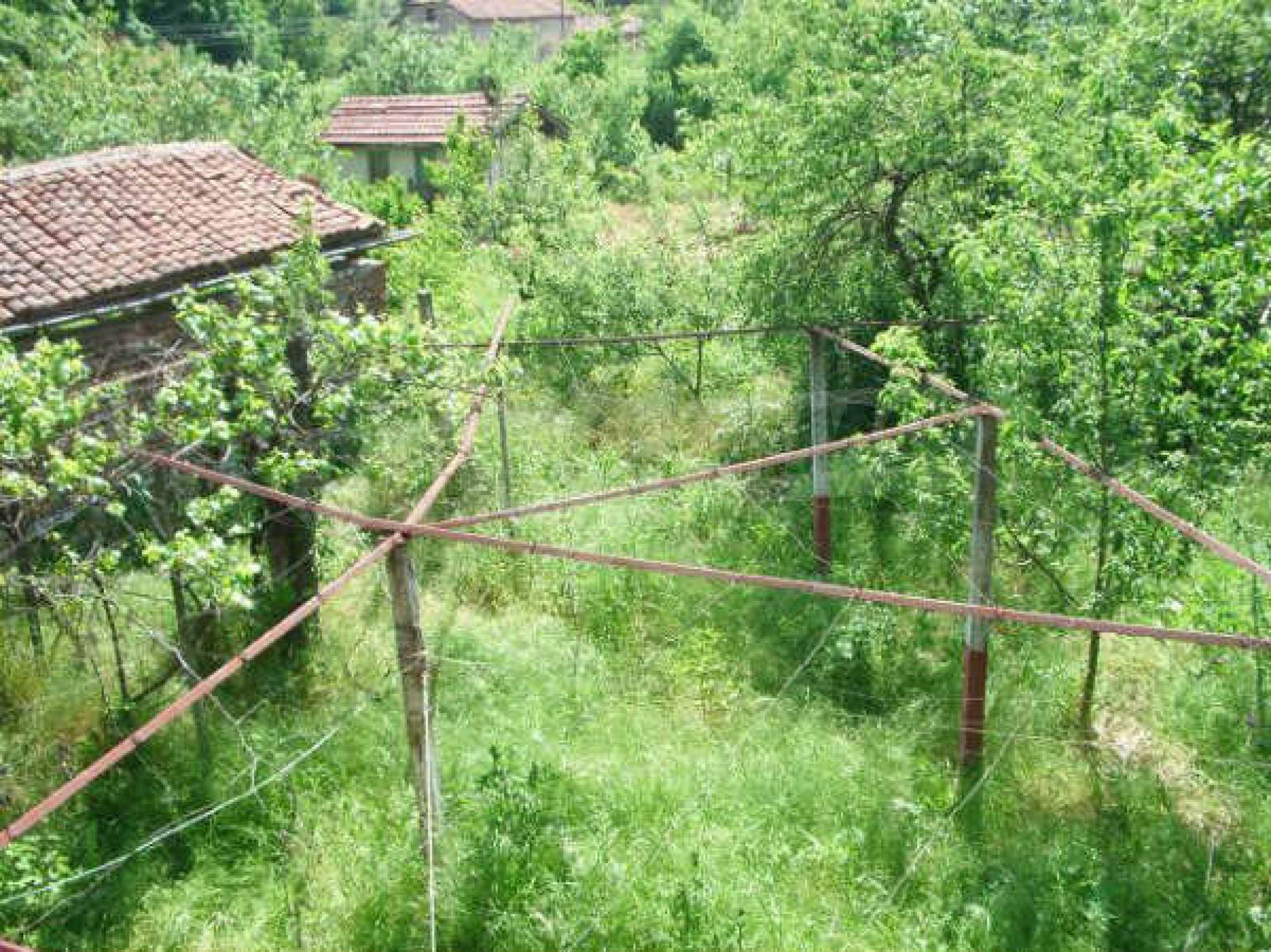 Дом на продажу недалеко от города Кюстендил 42