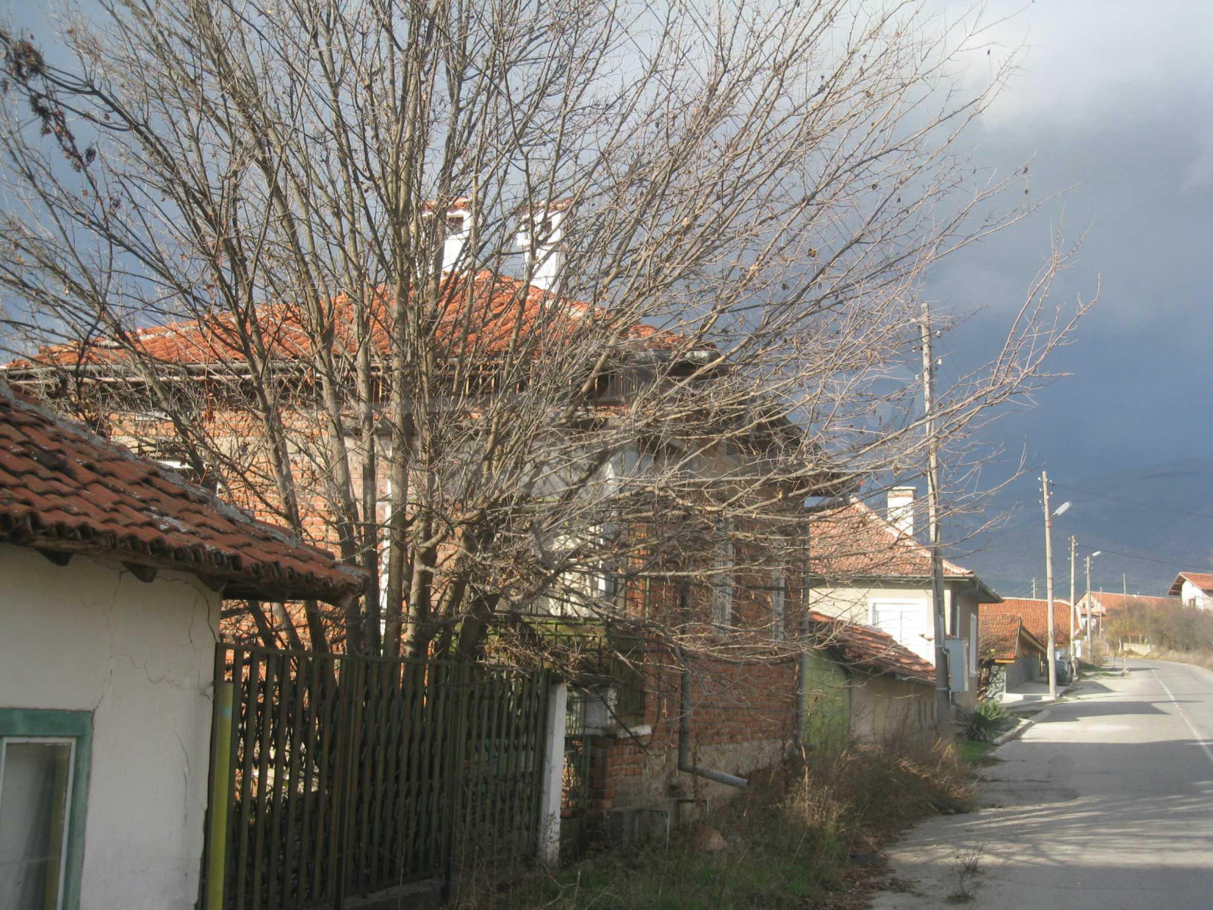 Дом на продажу недалеко от города Кюстендил 49