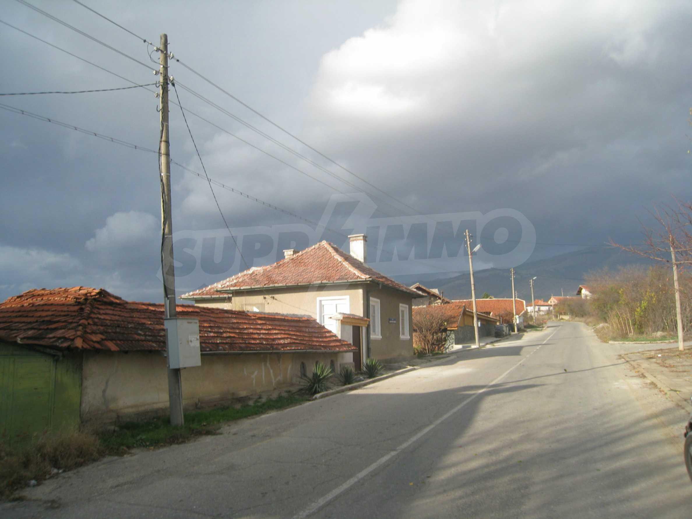 Дом на продажу недалеко от города Кюстендил 53