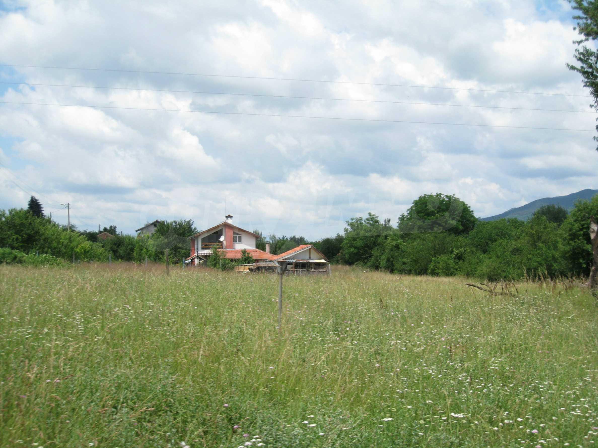 Reguliertes Grundstück mit Blick auf die Berge in der Nähe von Pravets 14