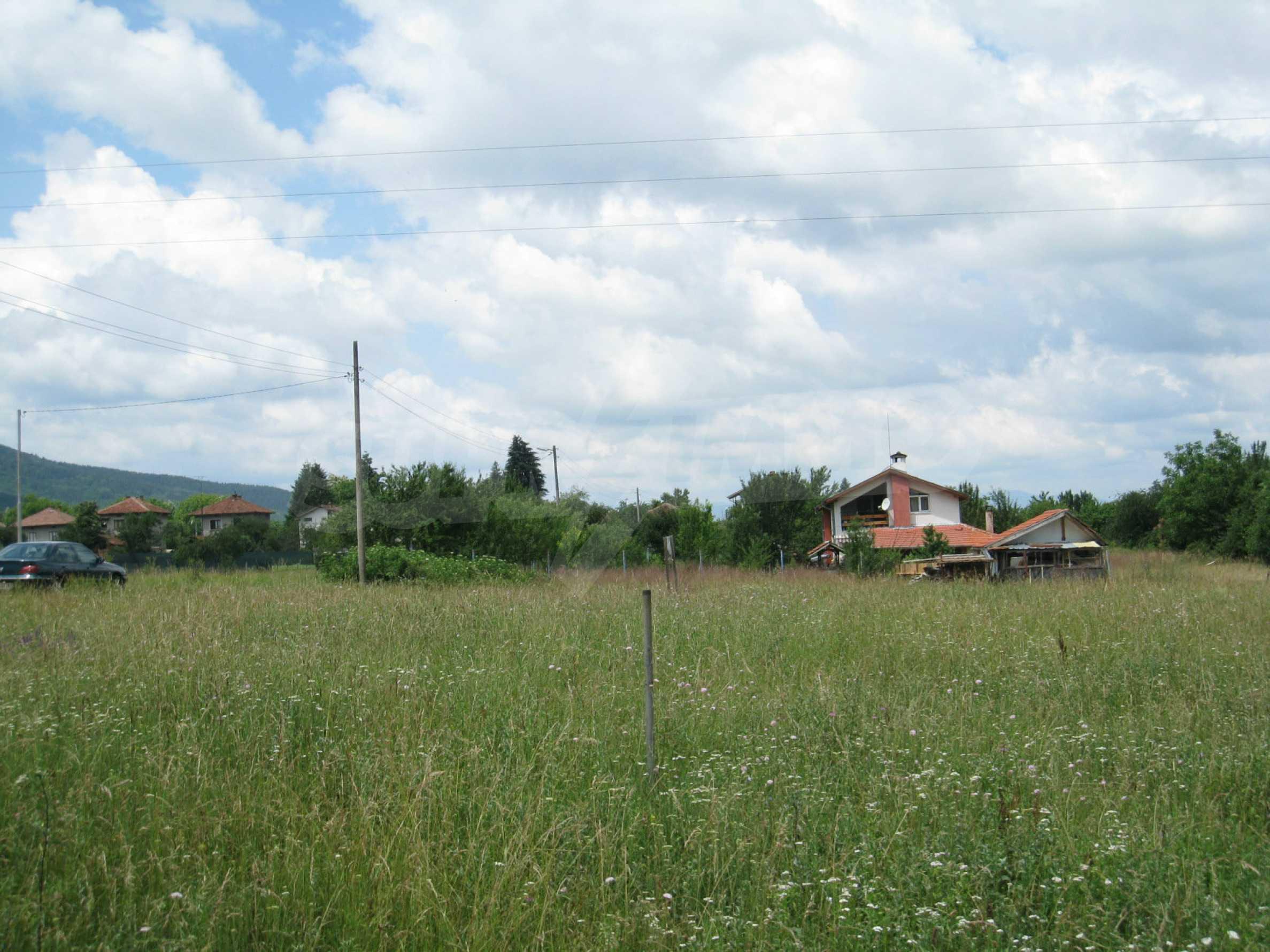 Reguliertes Grundstück mit Blick auf die Berge in der Nähe von Pravets 18